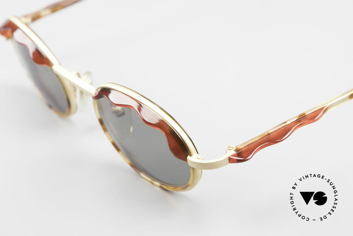 Alain Mikli 2149 / 04001 Oval Vintage Ladies Shades, just fancy & chic; great coloring: dulled gold and red, Made for Women