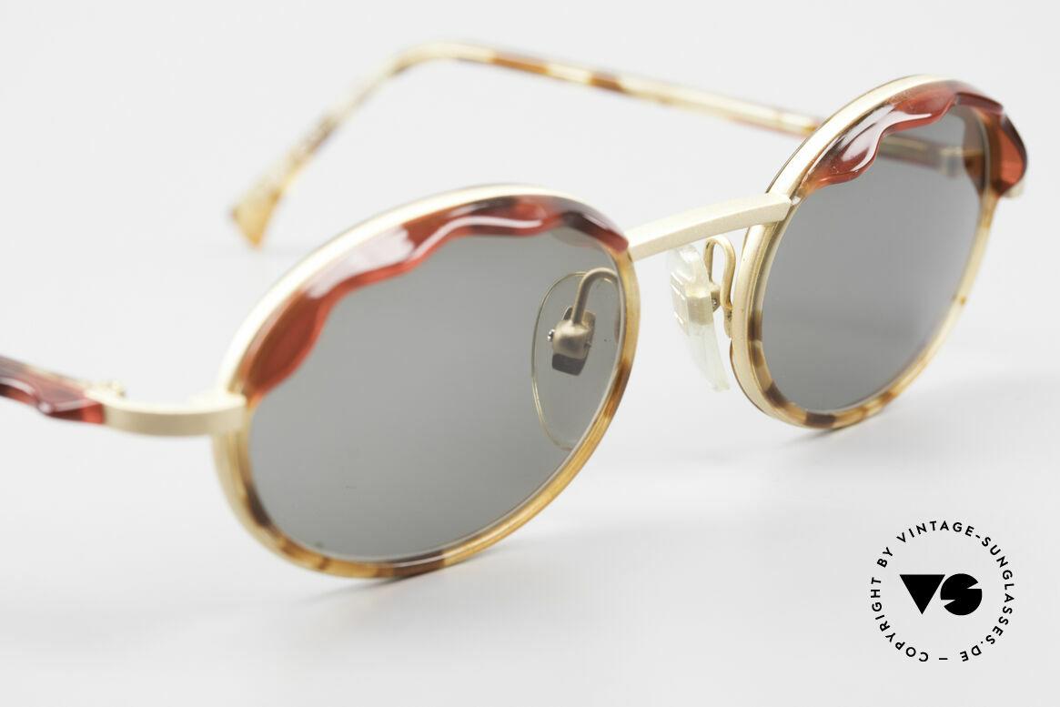 Alain Mikli 2149 / 04001 Oval Vintage Ladies Shades, unworn rarity (like all our vintage Alain Mikli eyewear), Made for Women