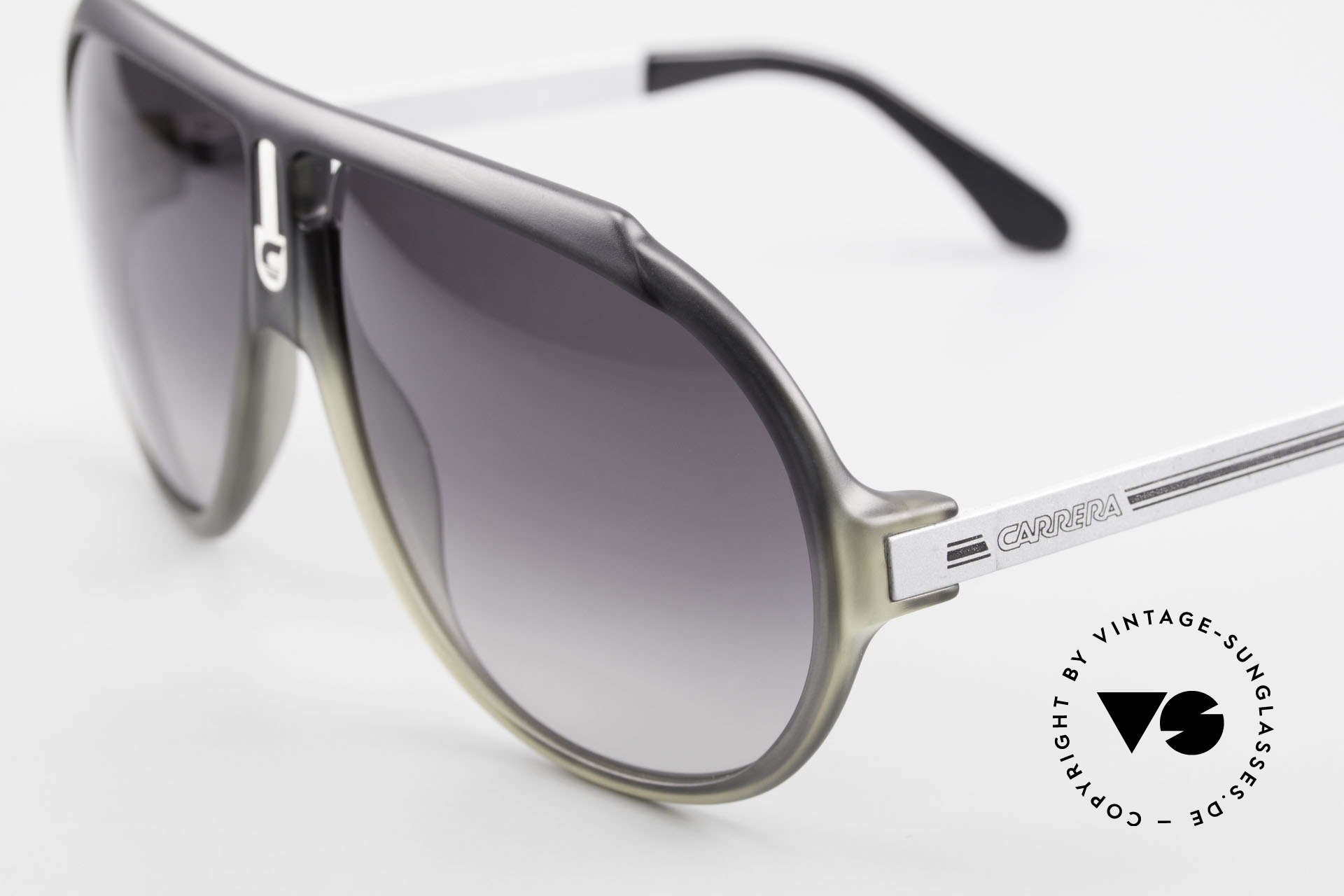 Carrera 5512 80's Miami Vice Sunglasses, cult object and sought-after collector's item, worldwide, Made for Men