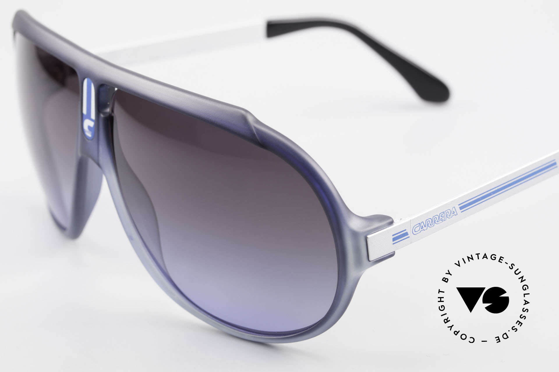 Carrera 5512 Iconic 80's Vintage Sunglasses, cult object and sought-after collector's item, worldwide, Made for Men