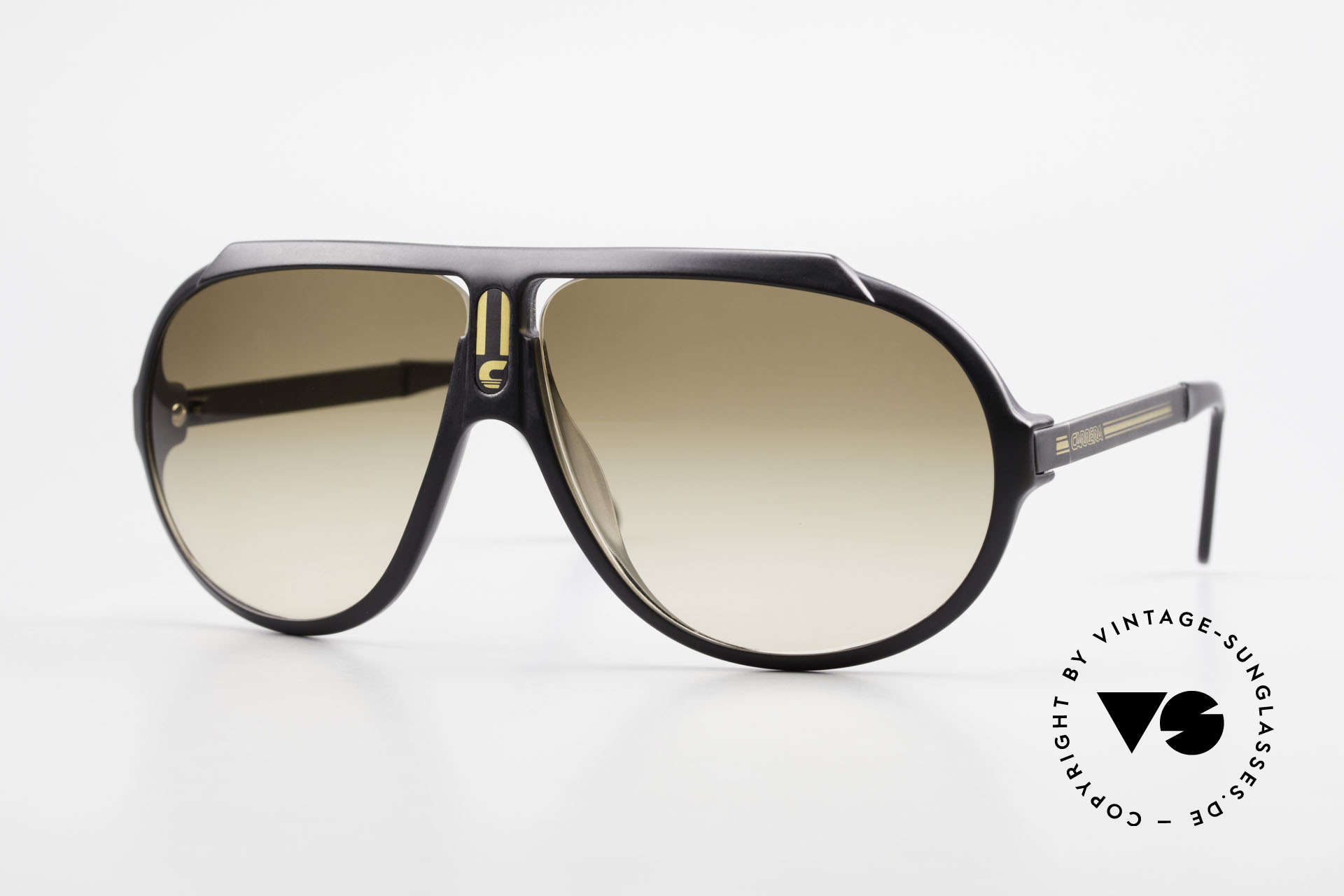Carrera 5512 Most Wanted Carrera 5512, legendary 1980's vintage CARRERA designer sunglasses, Made for Men