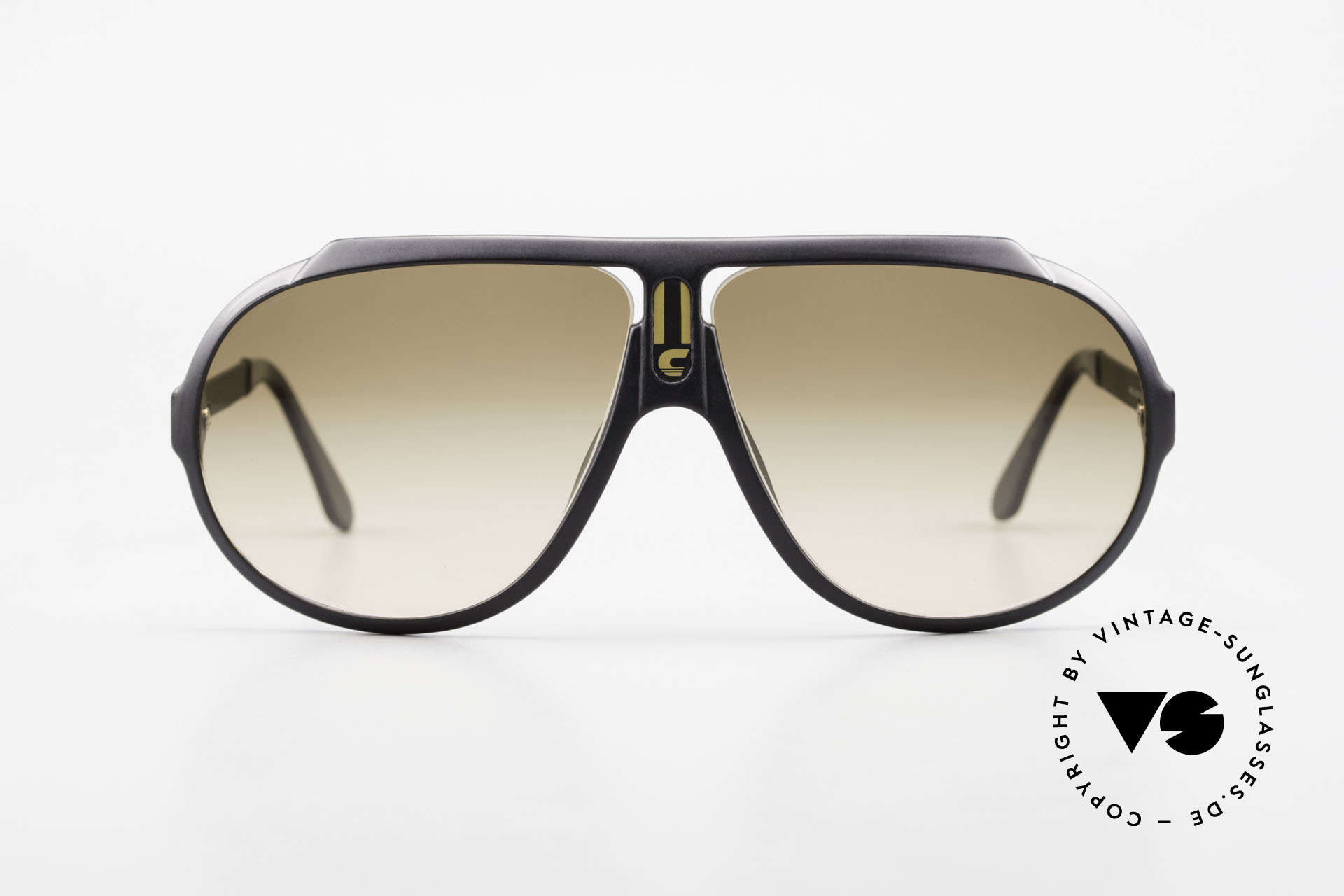 Carrera 5512 Most Wanted Carrera 5512, famous movie sunglasses from 1984 (a true legend !!!), Made for Men