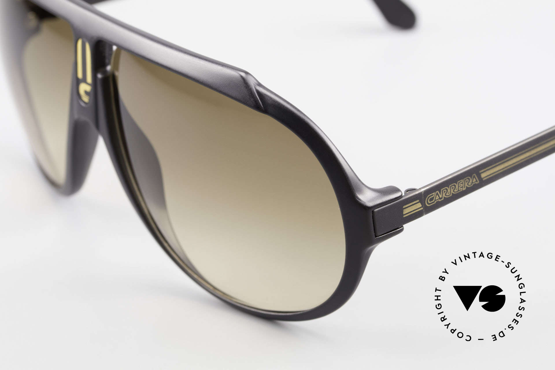 Carrera 5512 Most Wanted Carrera 5512, cult object and sought-after collector's item, worldwide, Made for Men