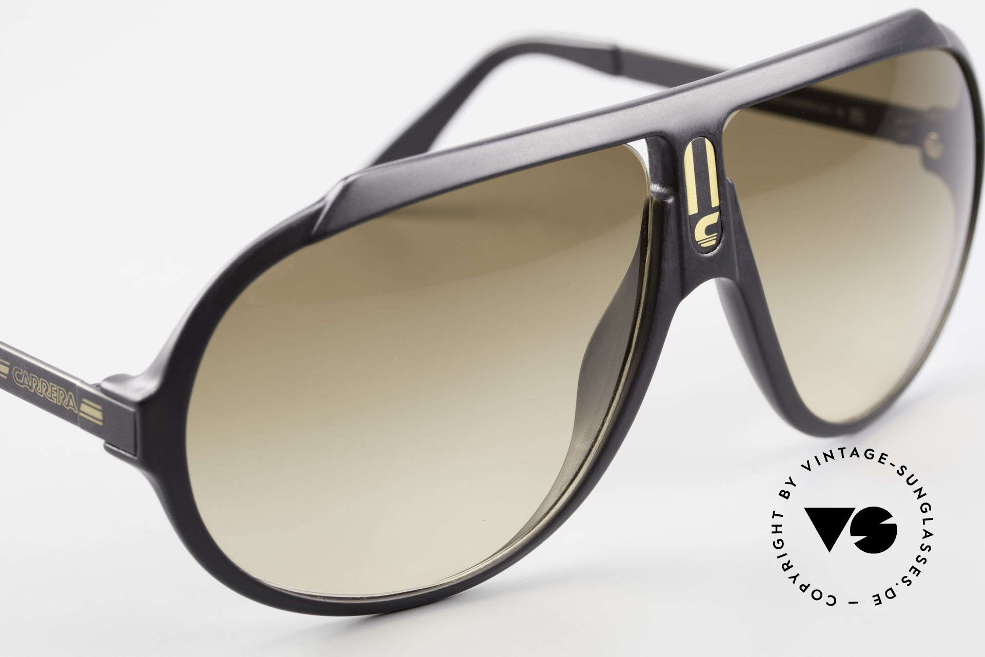 Carrera 5512 Most Wanted Carrera 5512, unworn, color code 90 = the MOST WANTED Carrera 5512, Made for Men