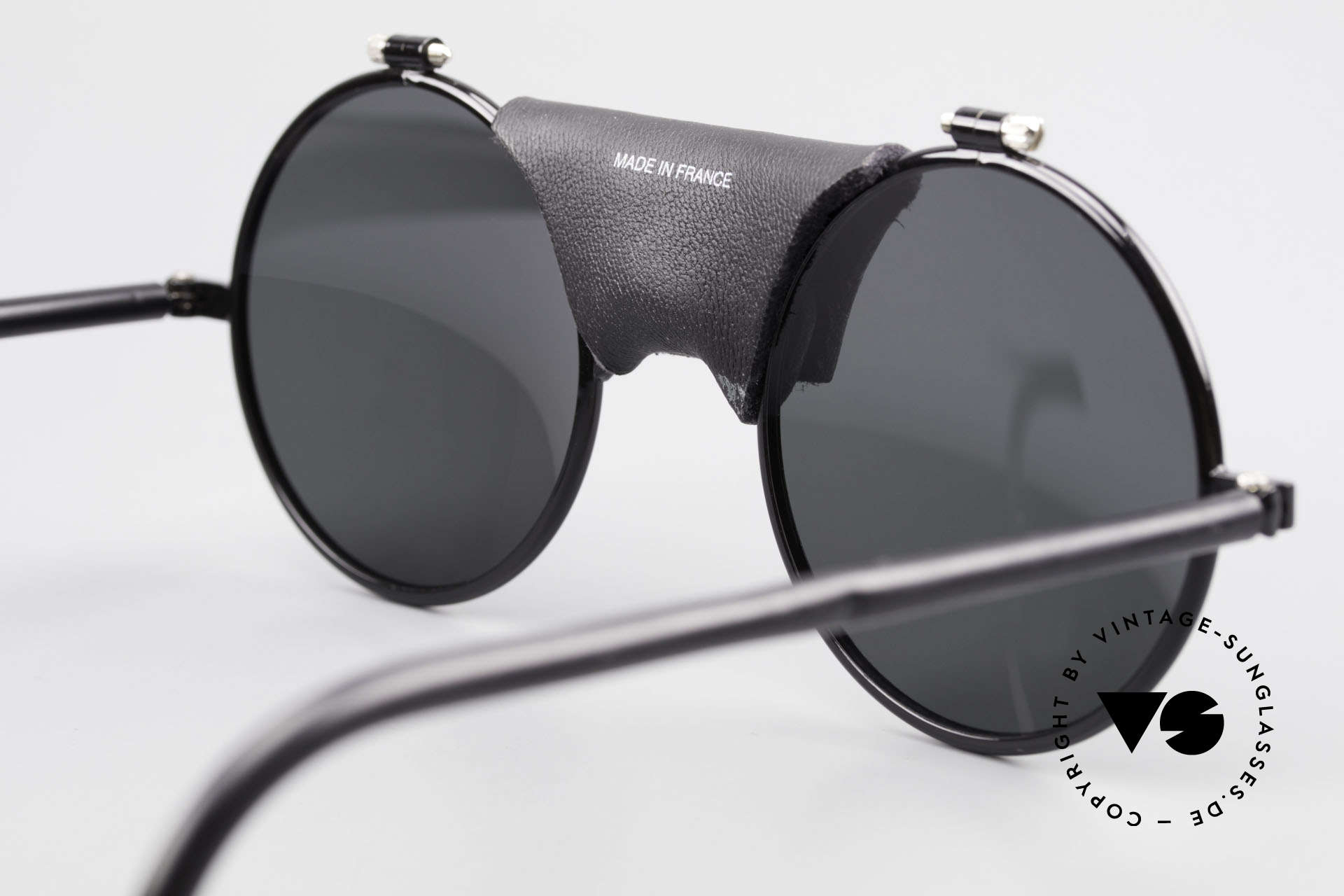 Julbo Vermont Round 90's Sports Sunglasses, NO RETRO SHADES; but a rare old 1990's ORIGINAL, Made for Men