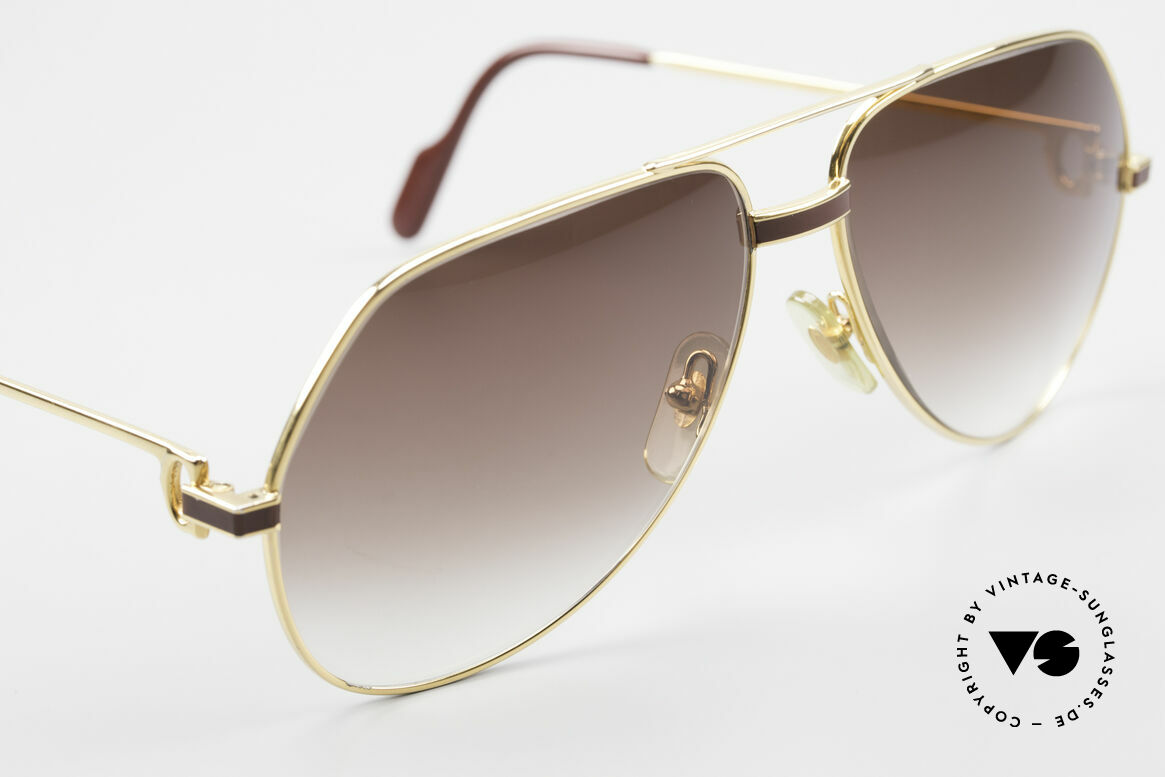 Cartier Vendome Laque - L Luxury Aviator Sunglasses, 2nd hand, but great vintage condition + case by GUCCI, Made for Men
