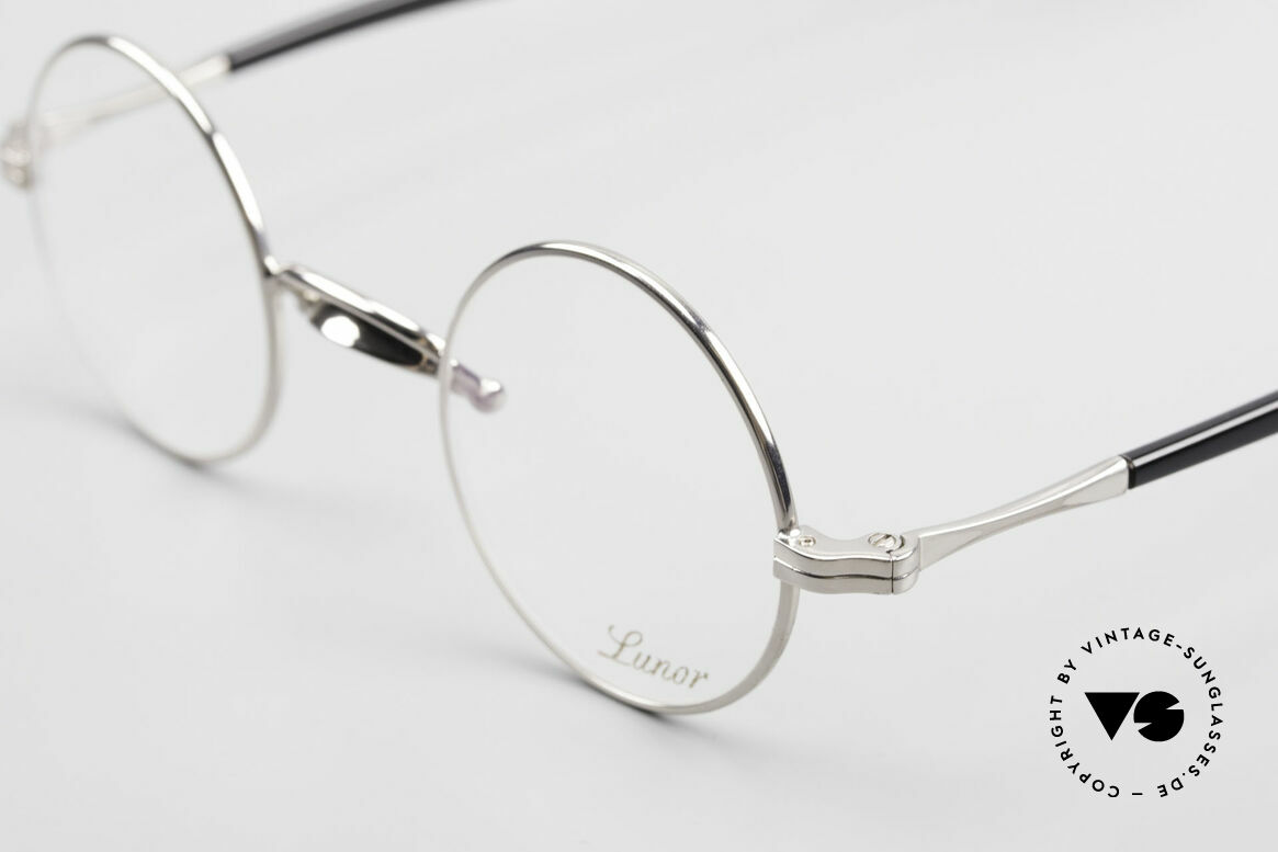 Lunor Swing A 31 Round Swing Bridge Vintage Glasses, unworn RARITY (for all lovers of quality) in SMALL size, Made for Men and Women