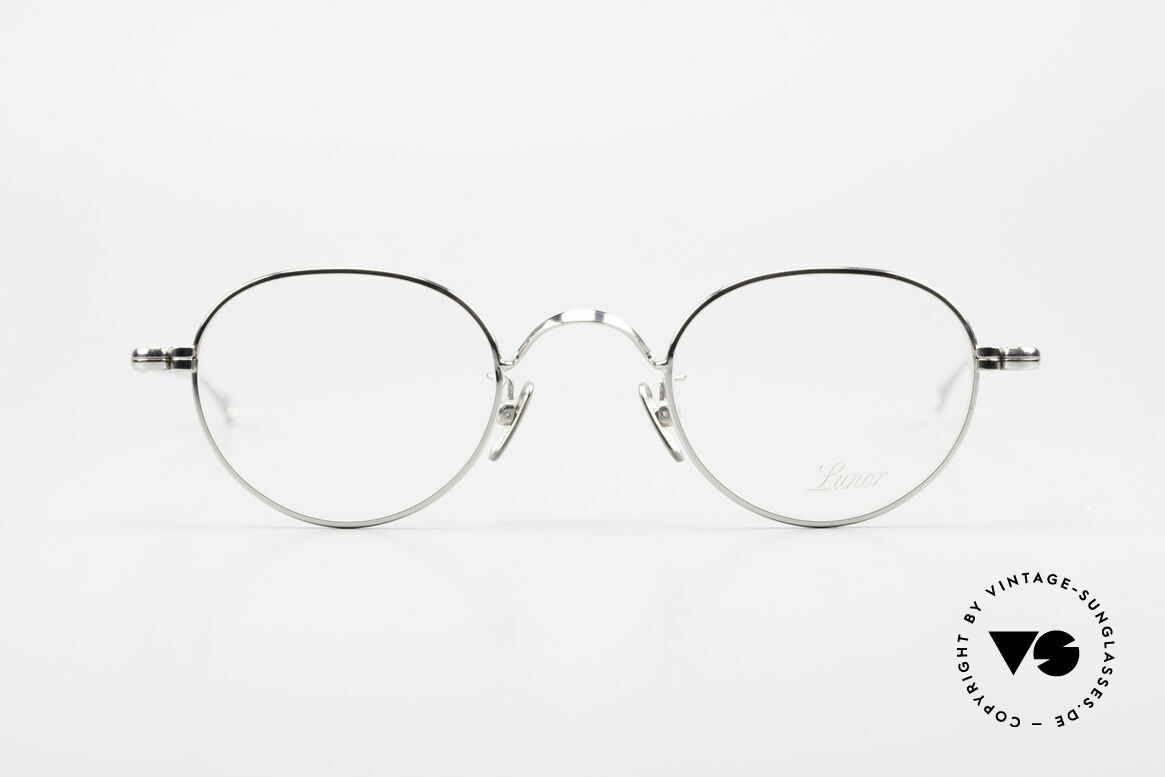 Lunor V 107 Titanium Panto Eyeglasses, without ostentatious logos (but in a timeless elegance), Made for Men