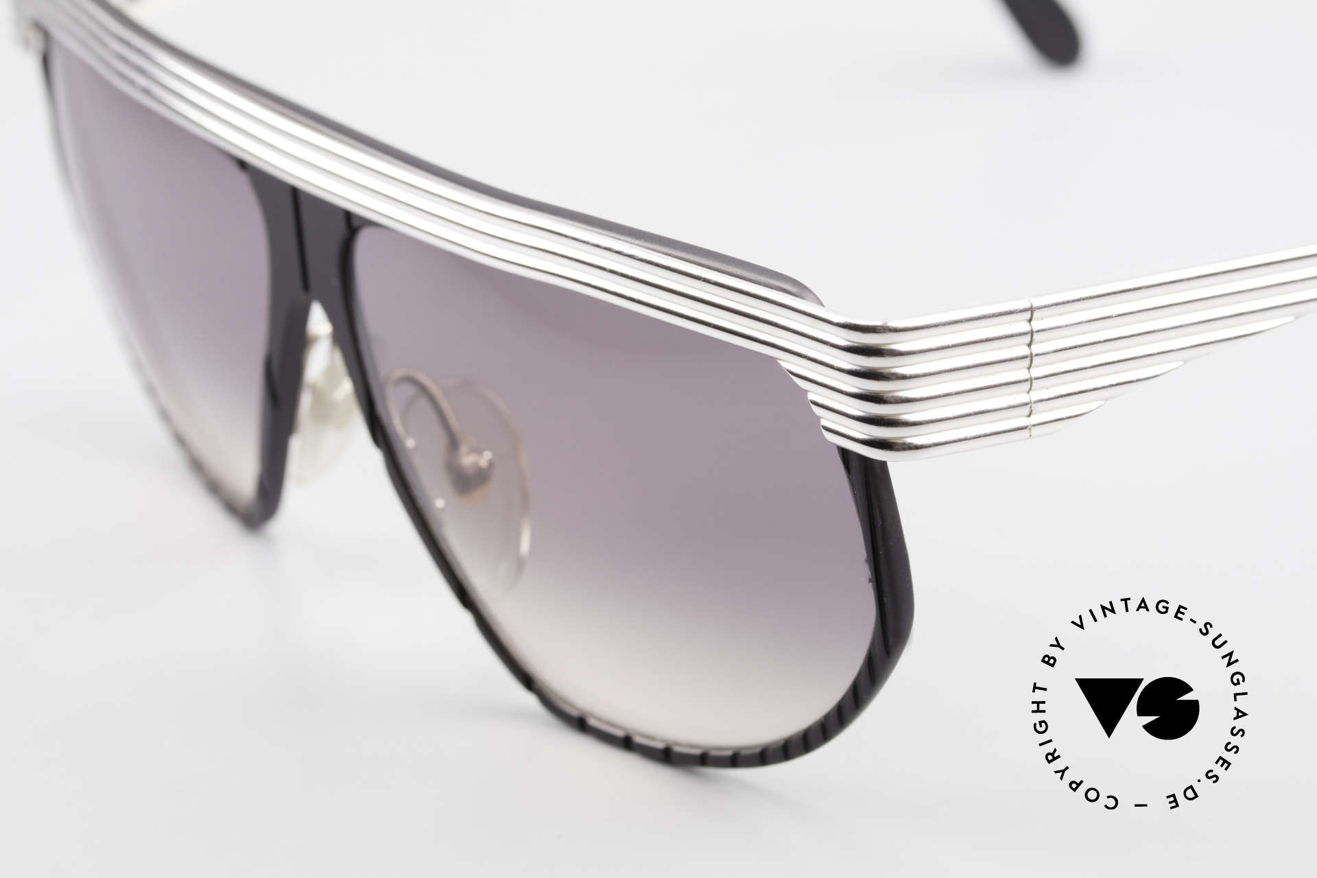 Alpina G86 No Retro Shades True 1980's, top notch quality (with silver-plated metal appliqué), Made for Men and Women