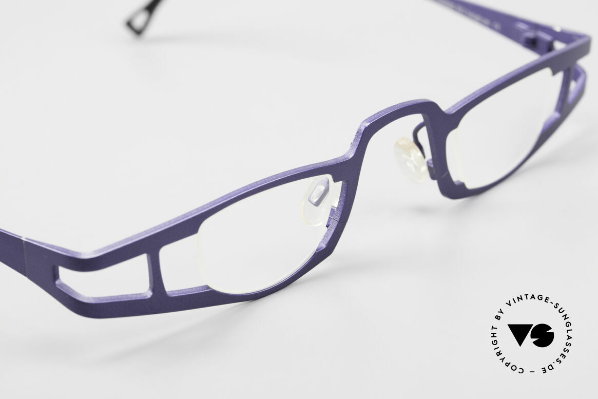 Theo Belgium Eye-Witness KO Pure Titanium Reading Specs, these specs were apparently unfinished & asymmetrical, Made for Women
