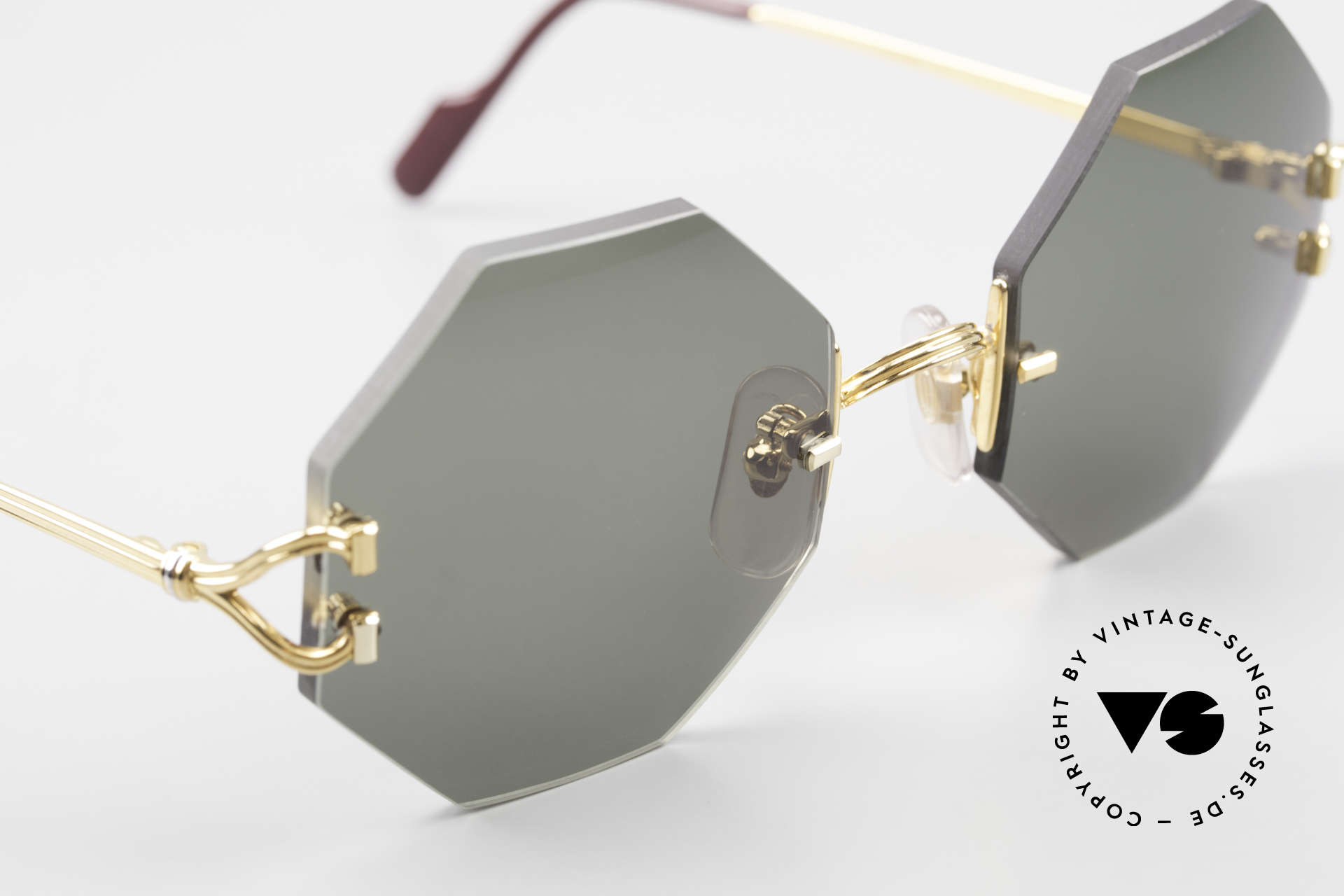 Cartier Rimless Octag Rimless Octagonal Sunglasses, unworn rarity comes with an original case by Cartier, Made for Men and Women