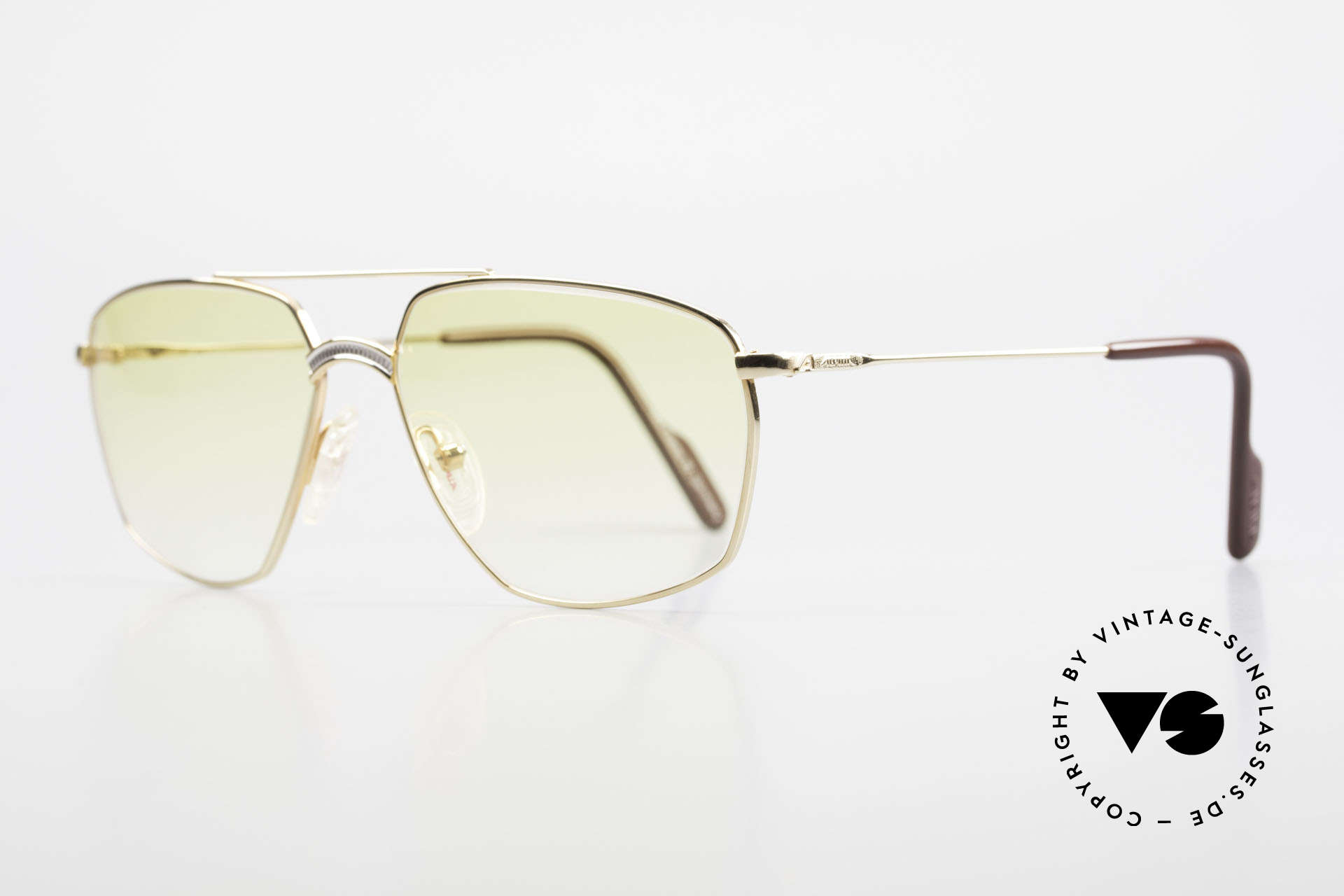 Alpina FM80 Yellow Gradient Sun Lenses, elegant frame bridge with an excellent Titanium pattern, Made for Men
