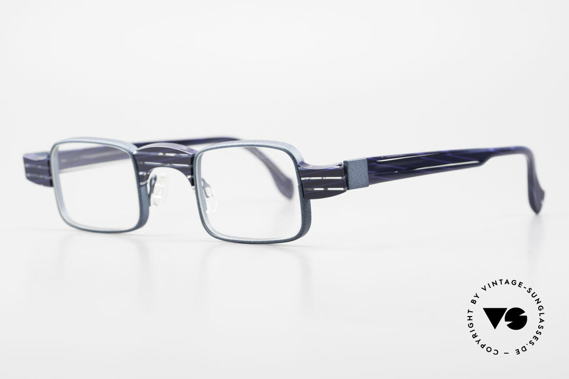 Theo Belgium Aphrodite Vintage Combi Designer Specs, founded in 1989 as 'opposite pole' to the 'mainstream', Made for Women