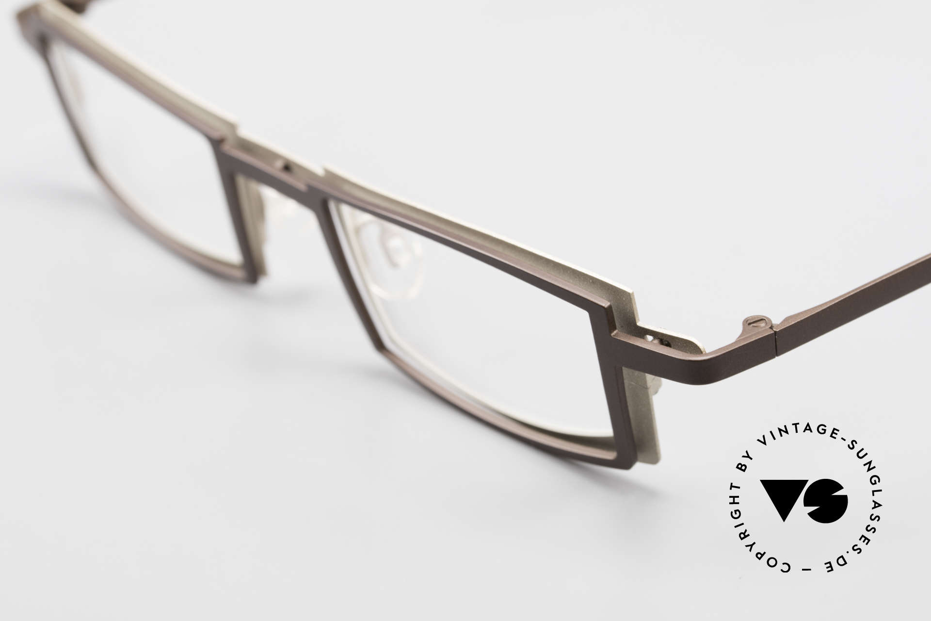 Theo Belgium Kwartet Designer Eyeglasses Vintage, very interesting color concept in dark brown & crème, Made for Men and Women