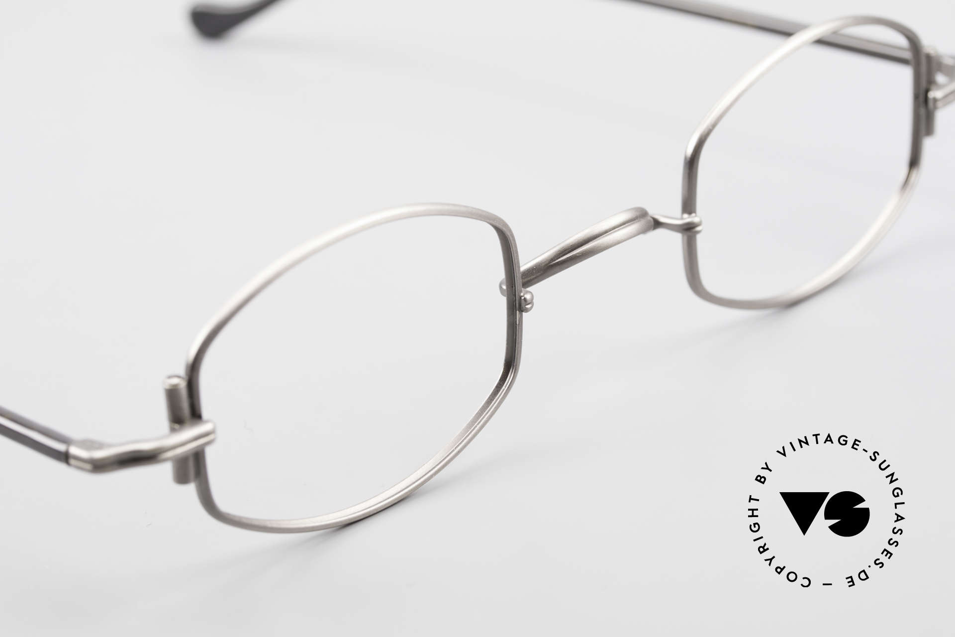 Lunor XA 03 Extraordinary Eyeglass Design, unworn RARITY (for all lovers of quality) from app. 1996, Made for Men and Women