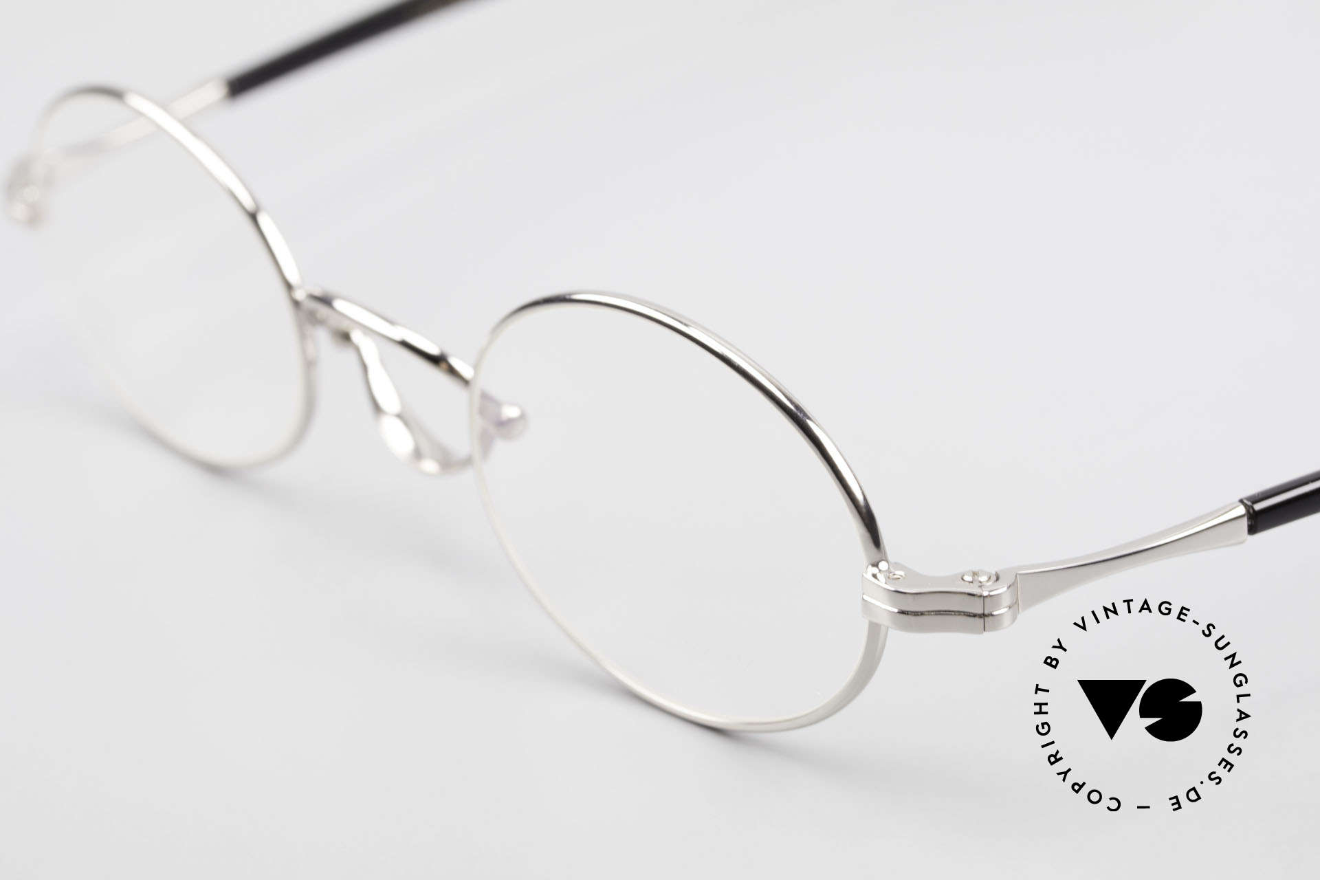 Lunor Swing A 33 Oval Swing Bridge Vintage Glasses, FRAME is PLATINUM-PLATED'; truly sophisticated specs, Made for Men and Women