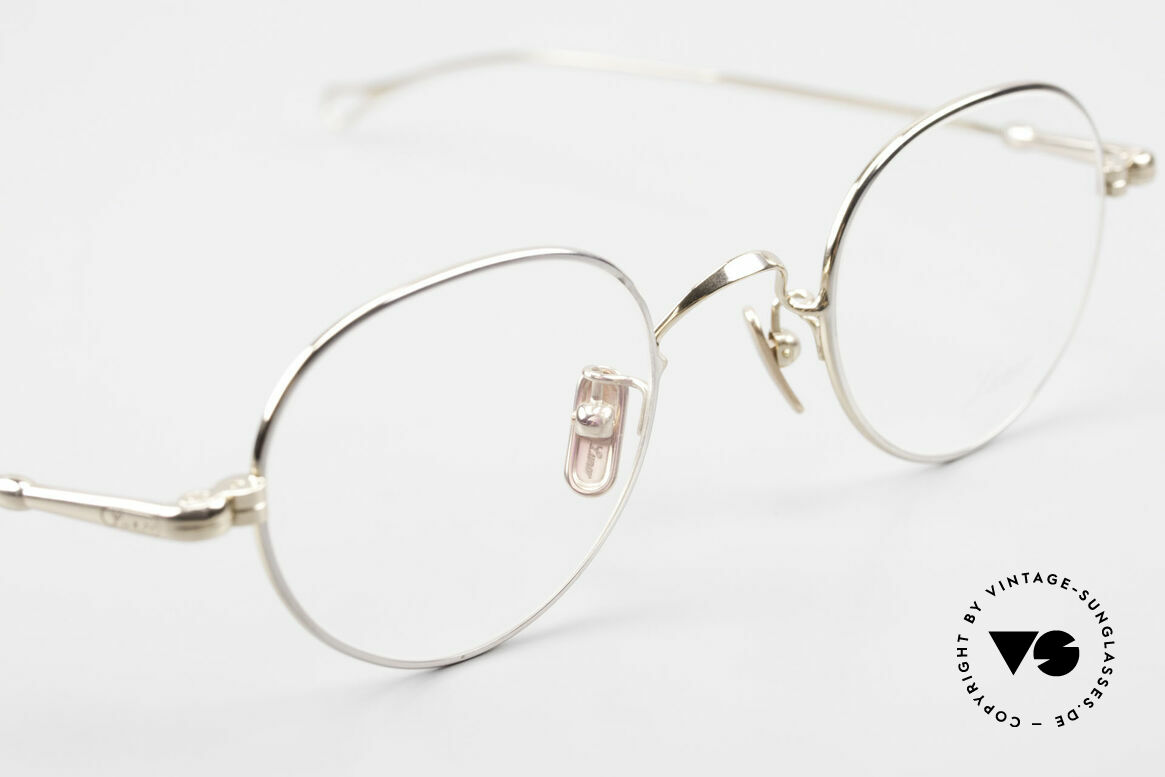 Lunor V 108 Bicolor Eyeglasses Titanium, thus, we decided to take it into our vintage collection, Made for Men