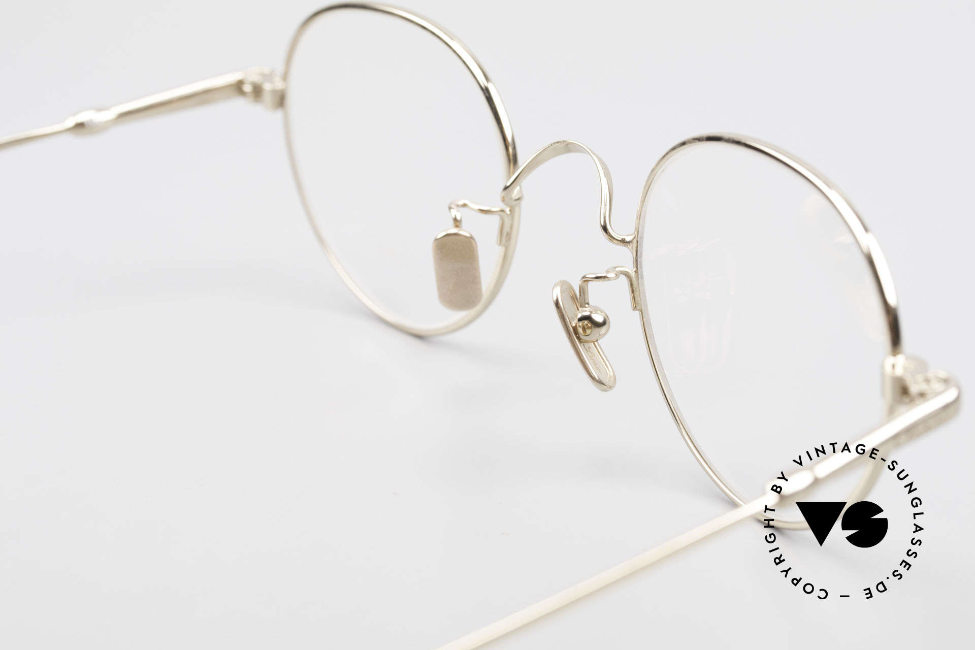 Lunor V 108 Bicolor Eyeglasses Titanium, of course, an unworn original with pure titanium pads, Made for Men