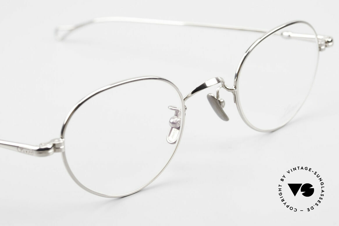 Lunor V 108 Panto Frame Platinum Plated, thus, we decided to take it into our vintage collection, Made for Men