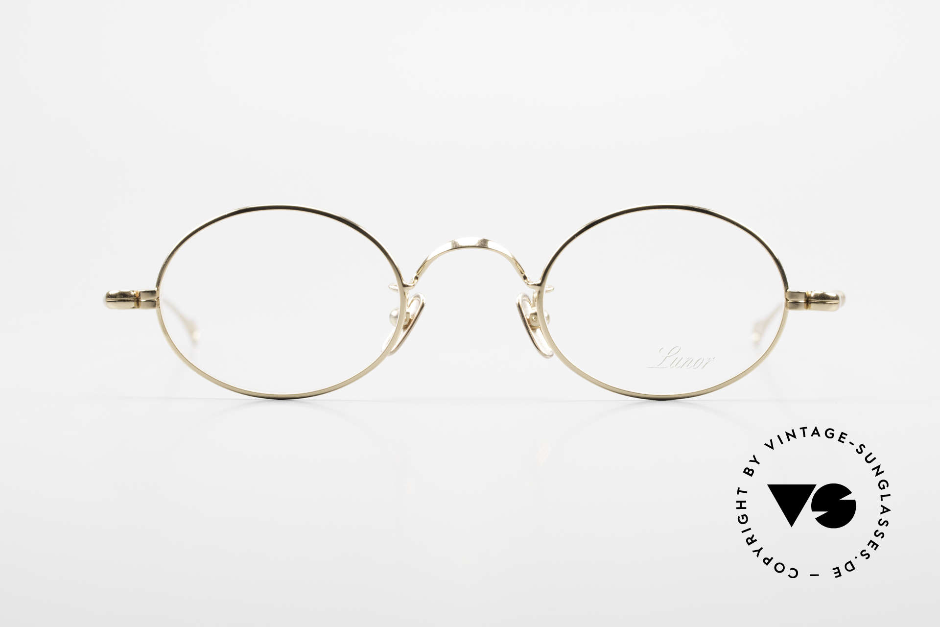 Lunor V 100 Oval Eyeglasses Gold Plated, without ostentatious logos (but in a timeless elegance), Made for Men and Women