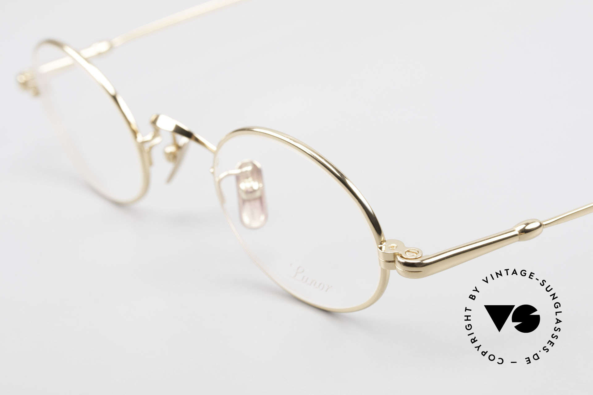 Lunor V 100 Oval Eyeglasses Gold Plated, from the 2011's collection, but in a well-known quality, Made for Men and Women
