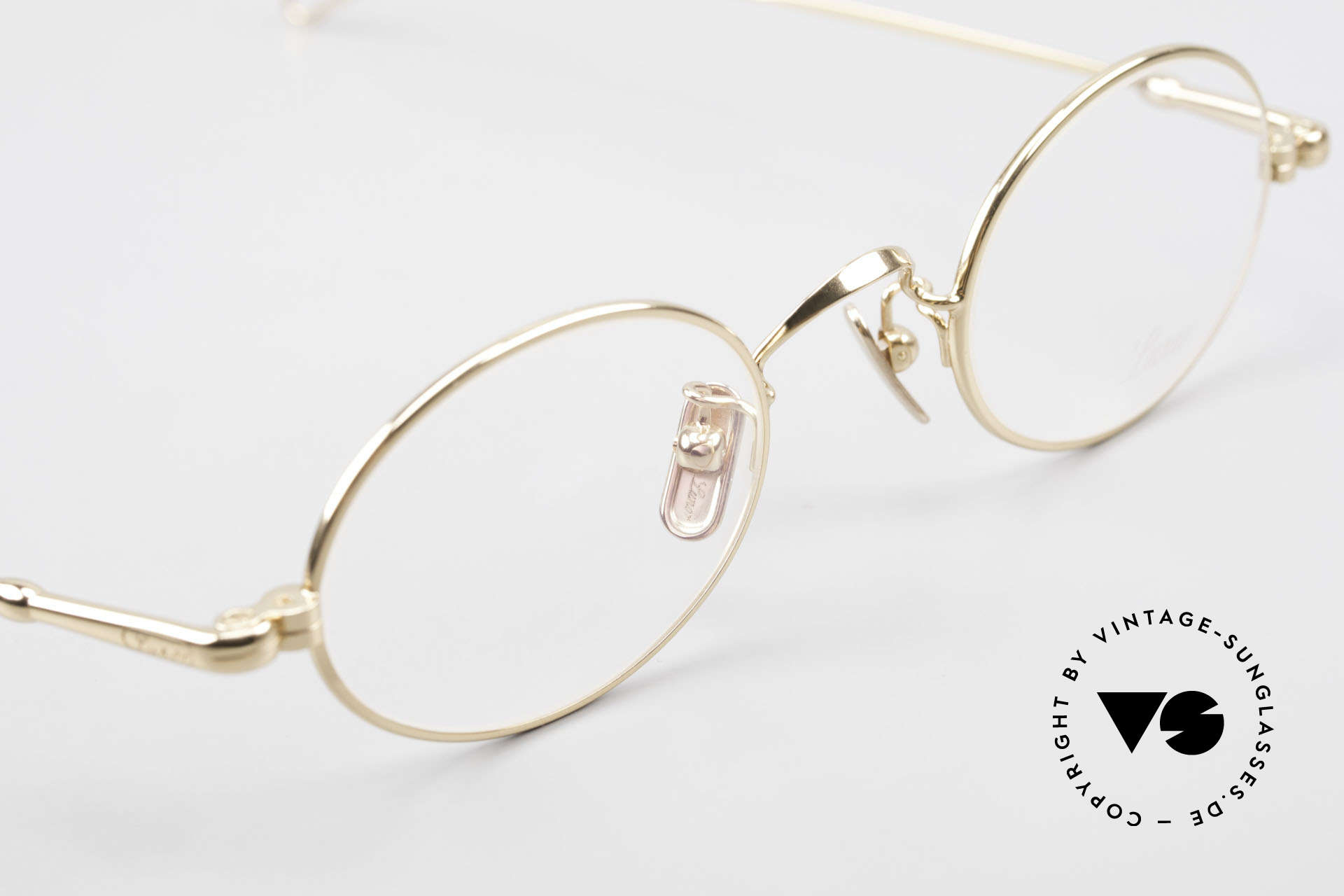 Lunor V 100 Oval Eyeglasses Gold Plated, thus, we decided to take it into our vintage collection, Made for Men and Women
