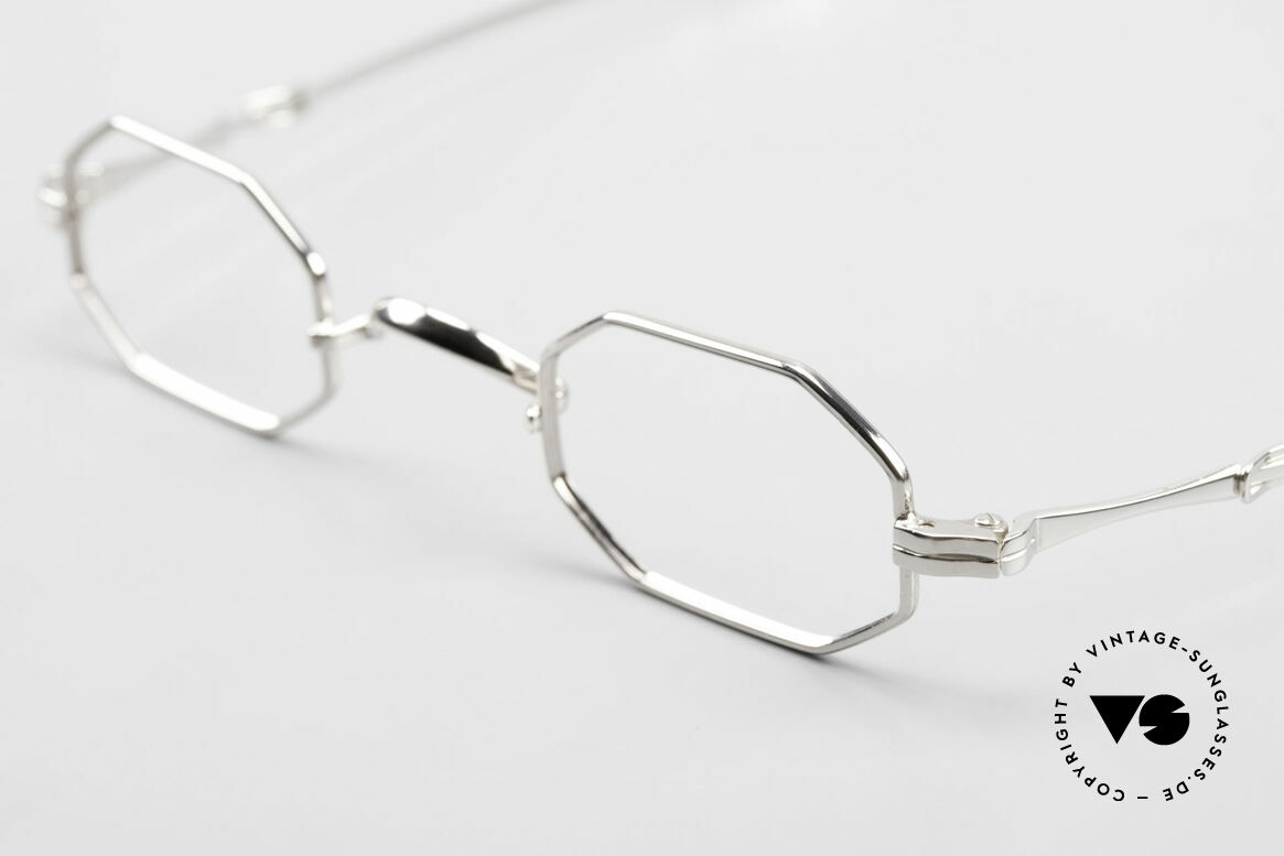 Lunor I 01 Telescopic Extendable Octagonal Frame, as well as for the brilliant telescopic / extendable arms, Made for Men and Women