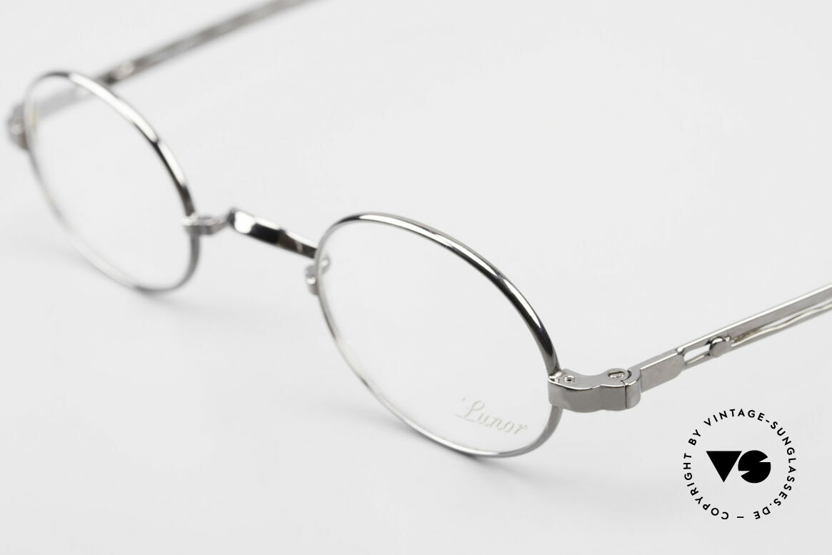 Lunor I 22 Telescopic Oval Frame Extendable Arms, as well as for the brilliant telescopic / extendable arms, Made for Men and Women