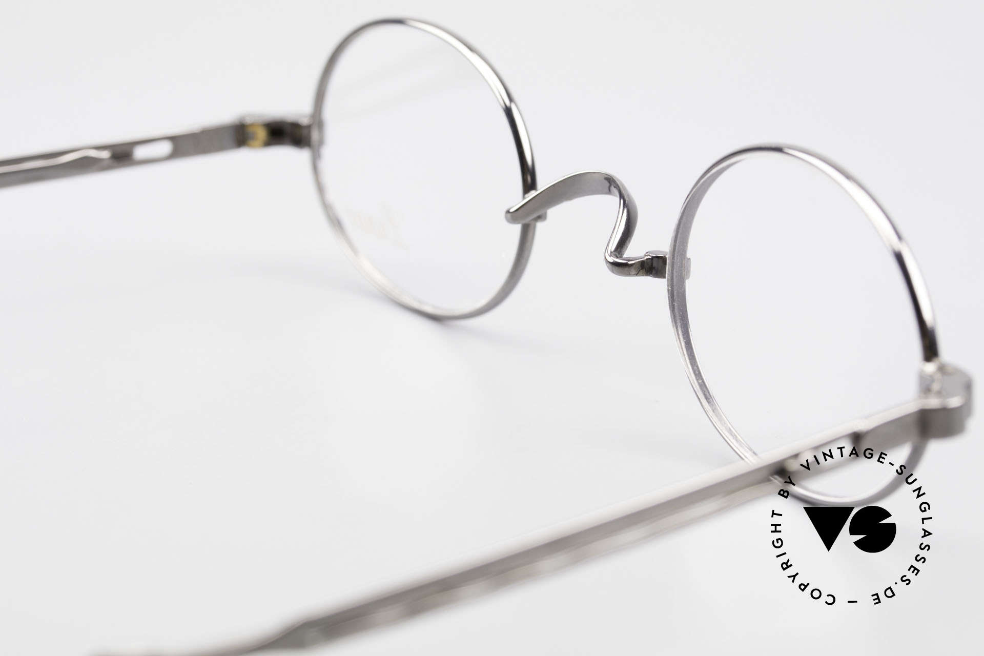 Lunor I 22 Telescopic Oval Frame Extendable Arms, Size: small, Made for Men and Women