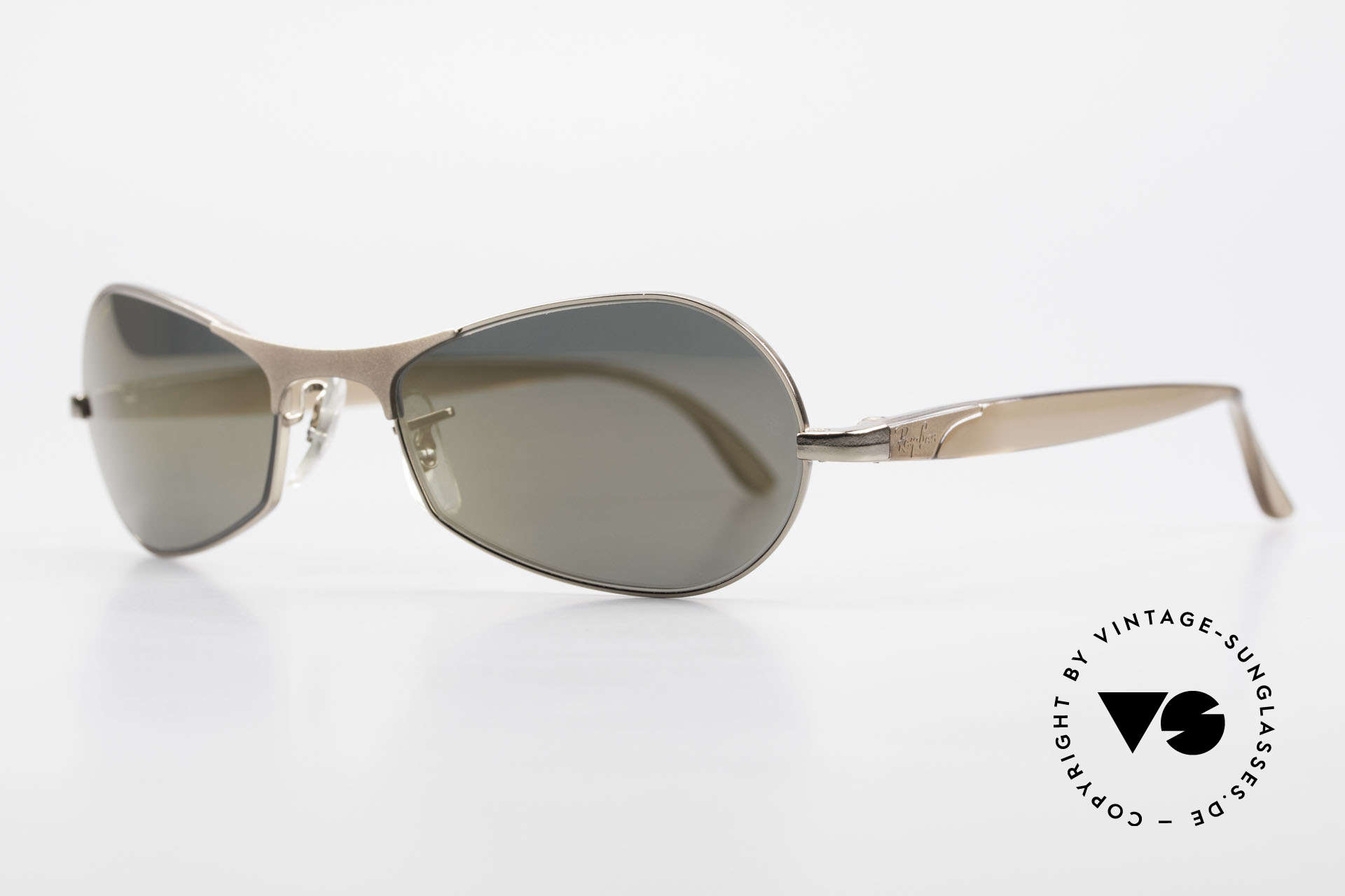"Ray Ban Sidestreet Infinity Gold Mirrored USA Ray-Ban B&L, in 1999, B&L sold the brand ""RAY-BAN"" to Luxottica, Made for Men"