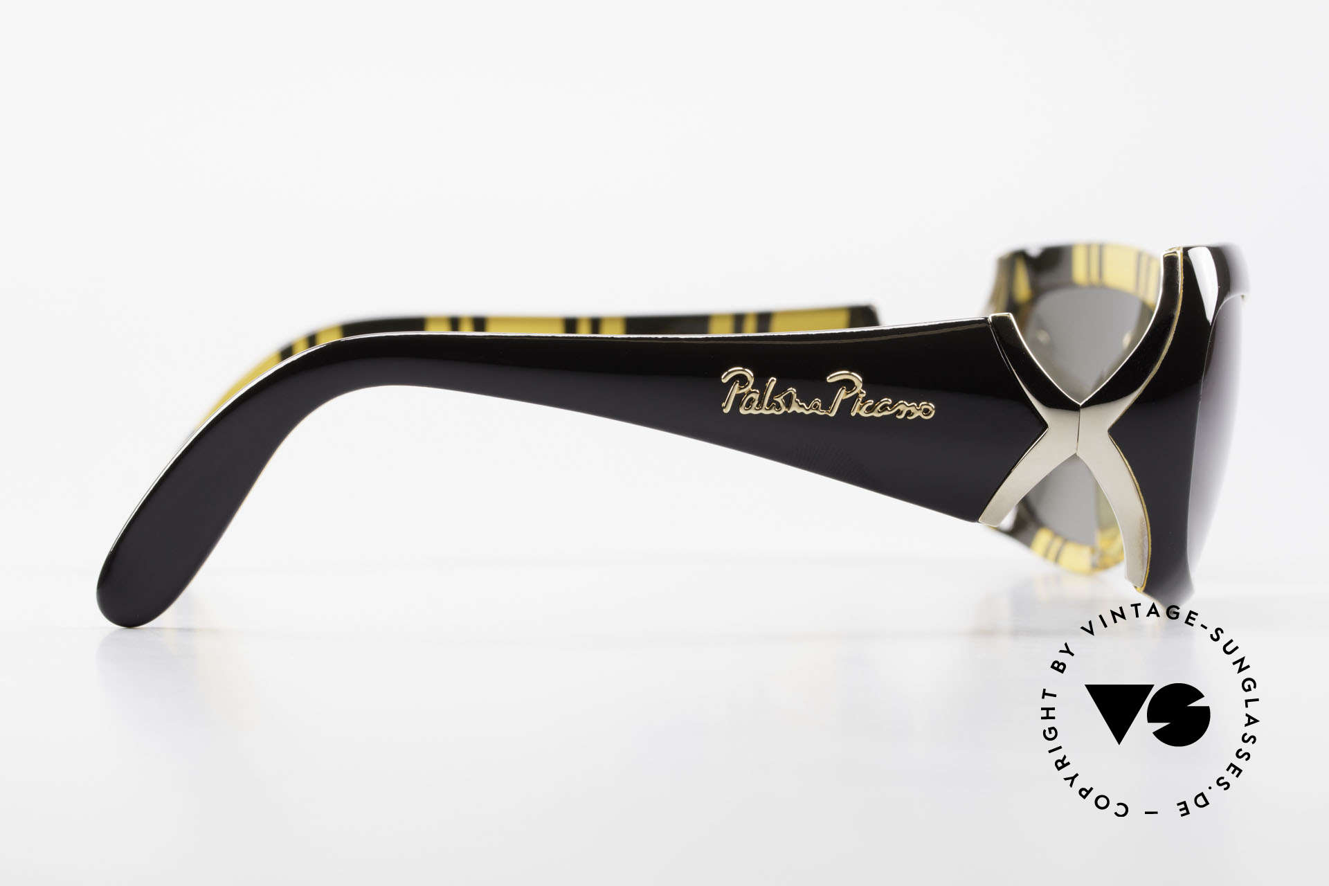 Paloma Picasso 3700 90's Ladies Designer Shades, of course, never worn (as all our old 90's treasures), Made for Women
