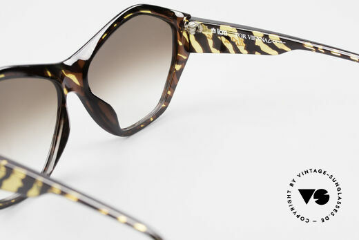 Paloma Picasso 1463 90's Optyl Sunglasses Ladies, NO RETRO style shades! but a proud original one!, Made for Women