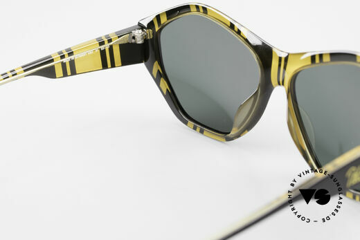 Paloma Picasso 1463 90's Ladies Sunglasses Optyl, of course never worn (as all our old 90's treasures), Made for Women