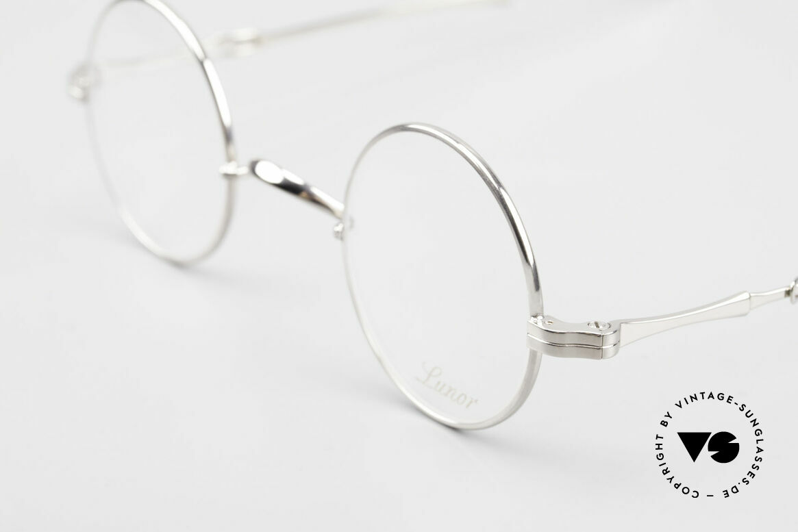 Lunor I 12 Telescopic Round Glasses Slide Temples, as well as for the brilliant telescopic / extendable arms, Made for Men and Women