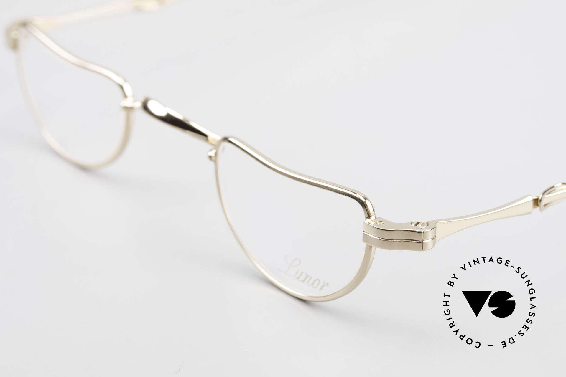 Lunor I 07 Telescopic Extendable Gold Plated Glasses, as well as for the brilliant telescopic / extendable arms, Made for Men and Women