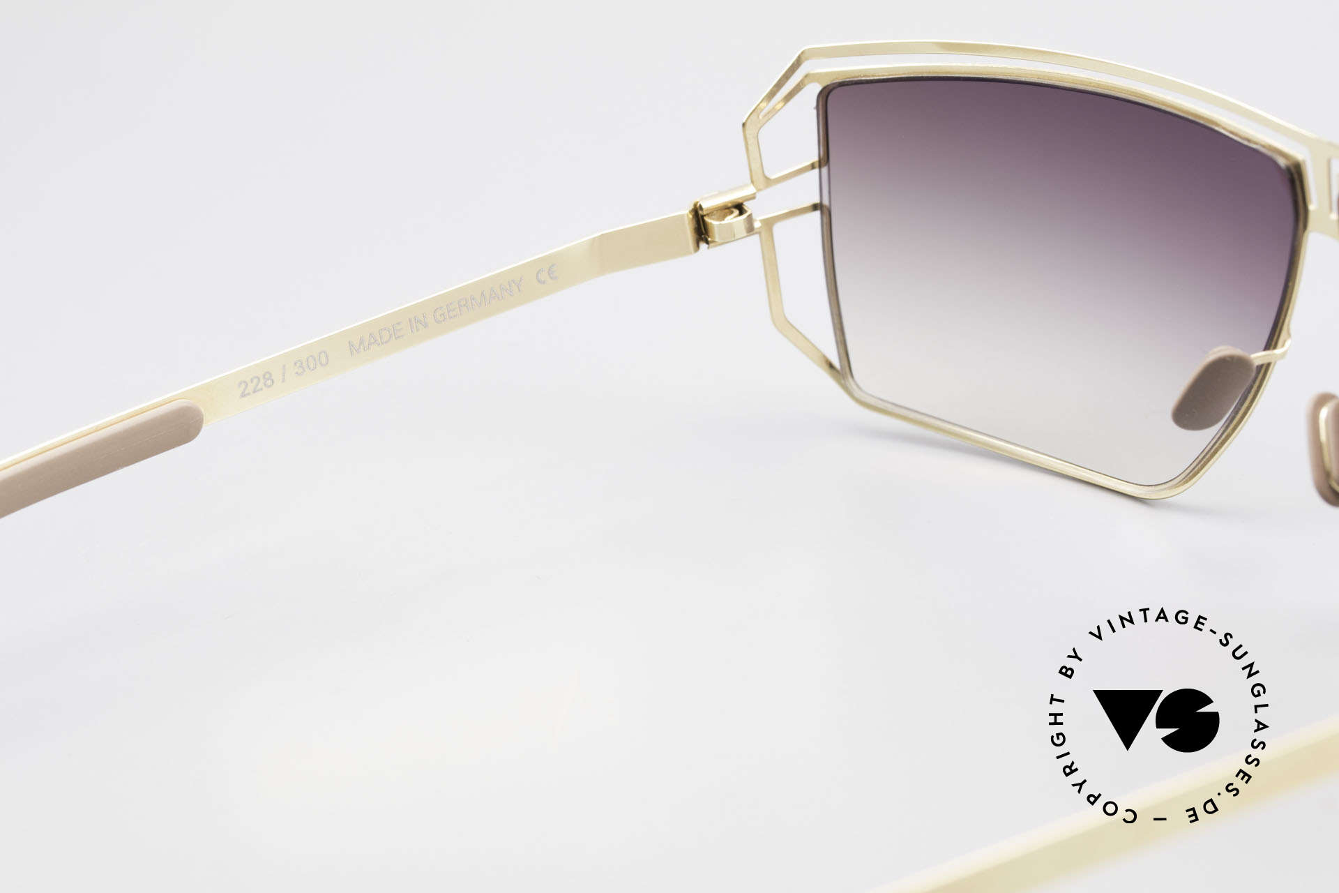 Mykita Anais Ladies Sunglasses From 2007, worn by many celebs (rare & in high demand, meanwhile), Made for Women