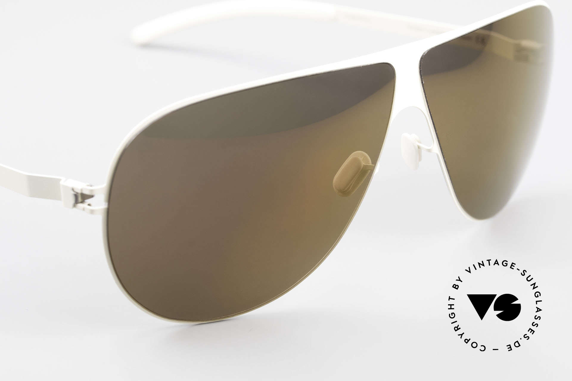 Mykita Elliot Tom Cruise Mykita Sunglasses, with non-reflecting and half-mirrored ZEISS sun lenses, Made for Men