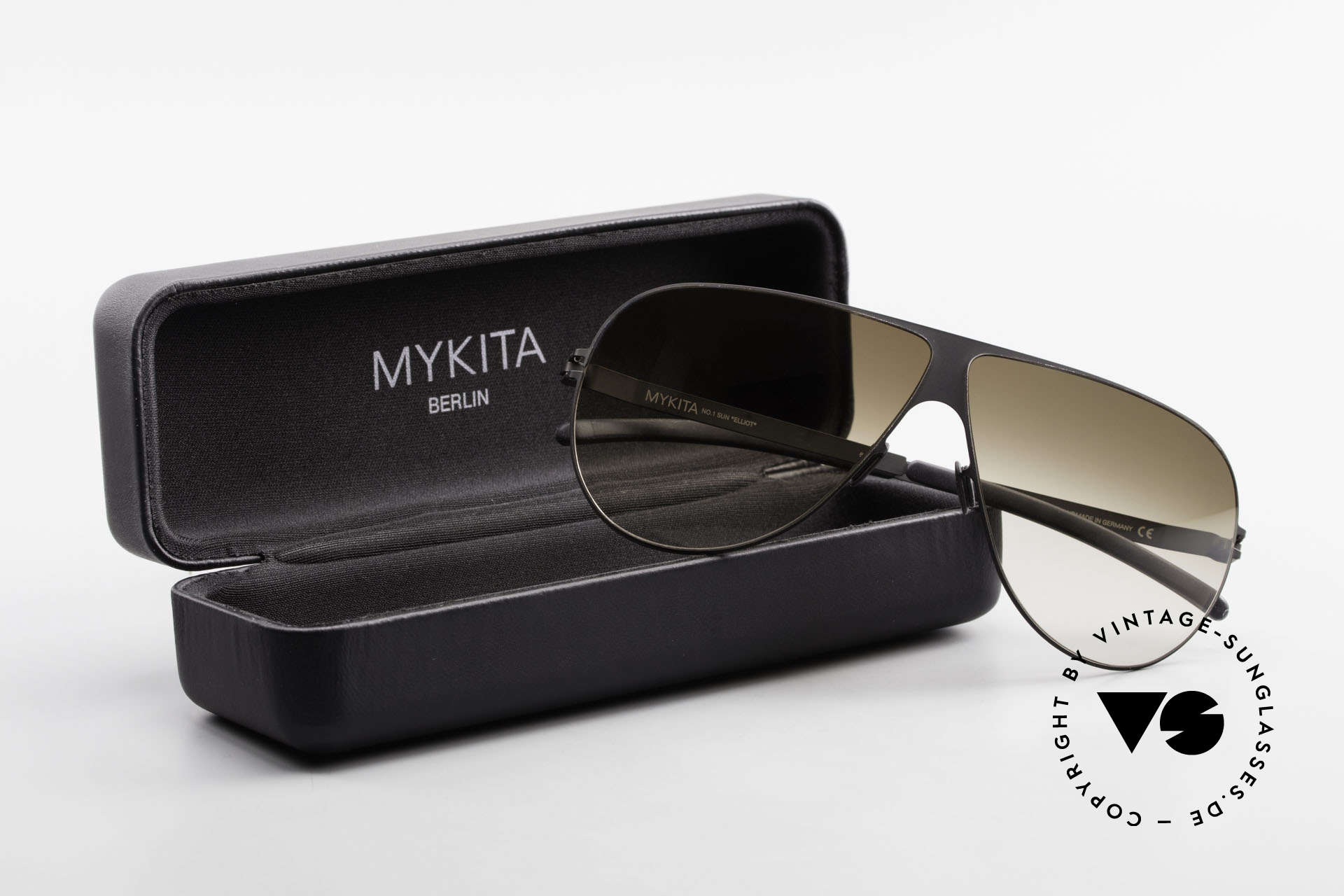 Mykita Elliot Mykita Tom Cruise Sunglasses, Size: medium, Made for Men