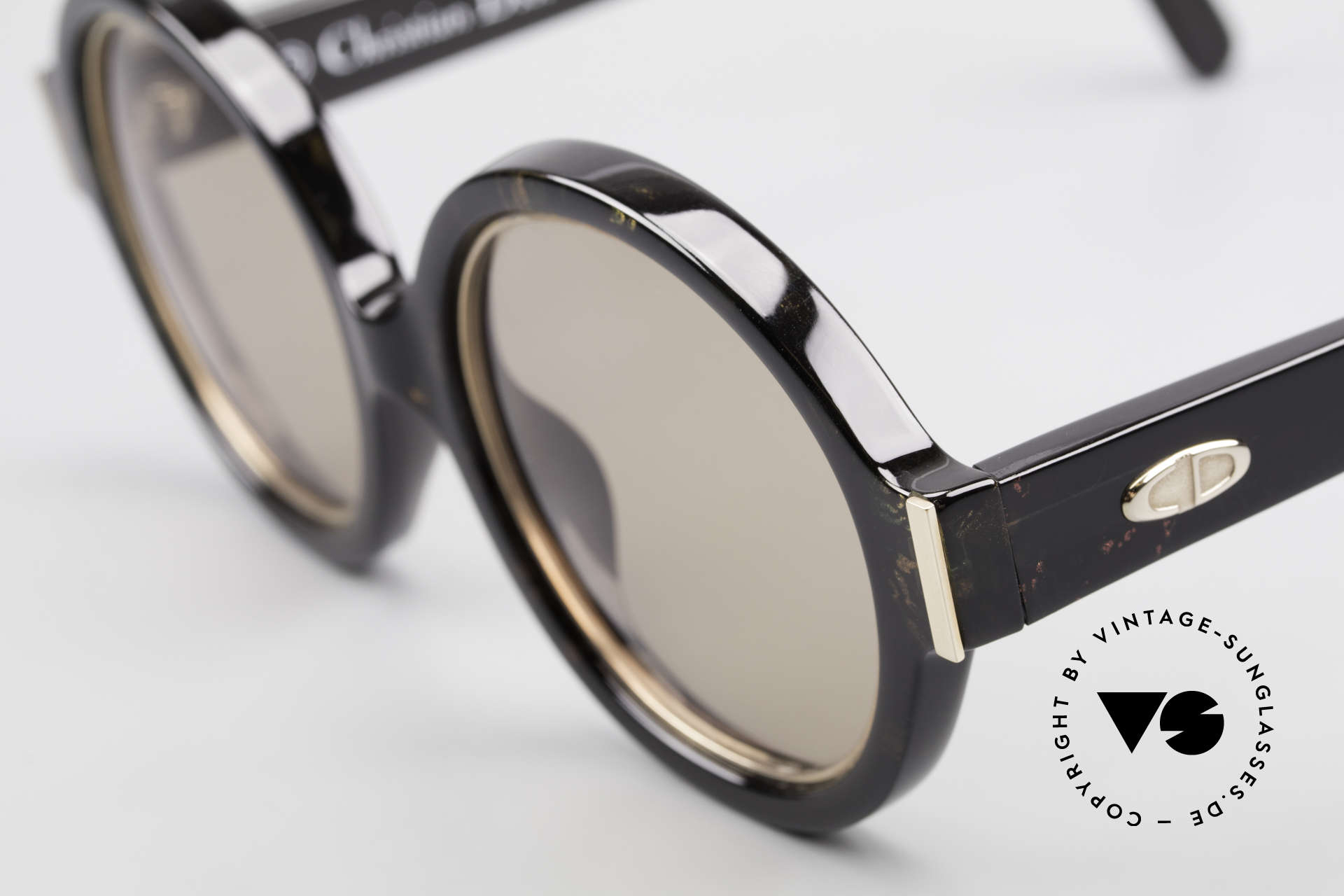 Christian Dior 2446 Round Ladies Sunglasses 80's, sophisticated sunglasses and a true vintage RARITY!, Made for Women