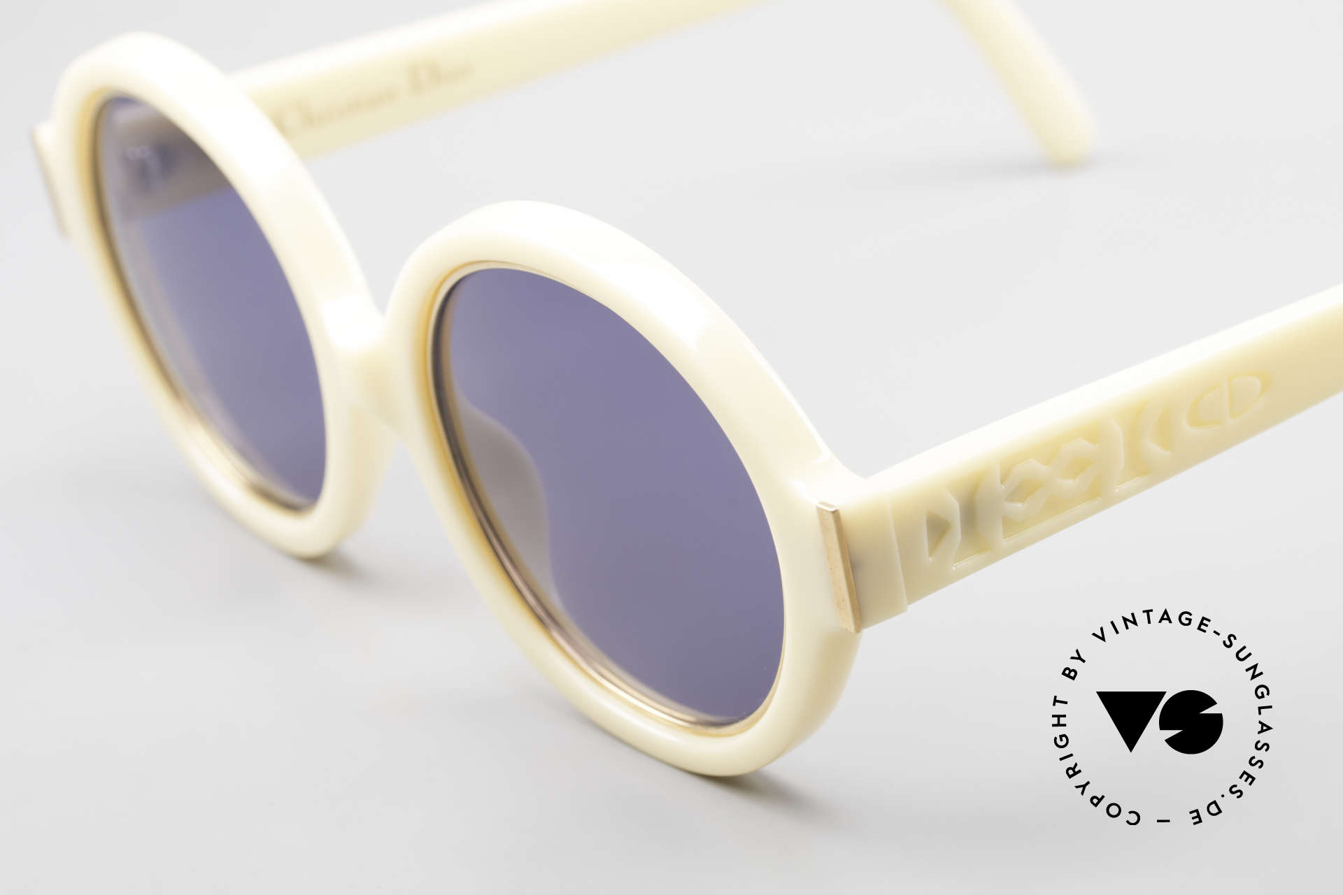 Christian Dior 2446 Round Ladies 80's Sunglasses, sophisticated sunglasses and a true vintage RARITY!, Made for Women