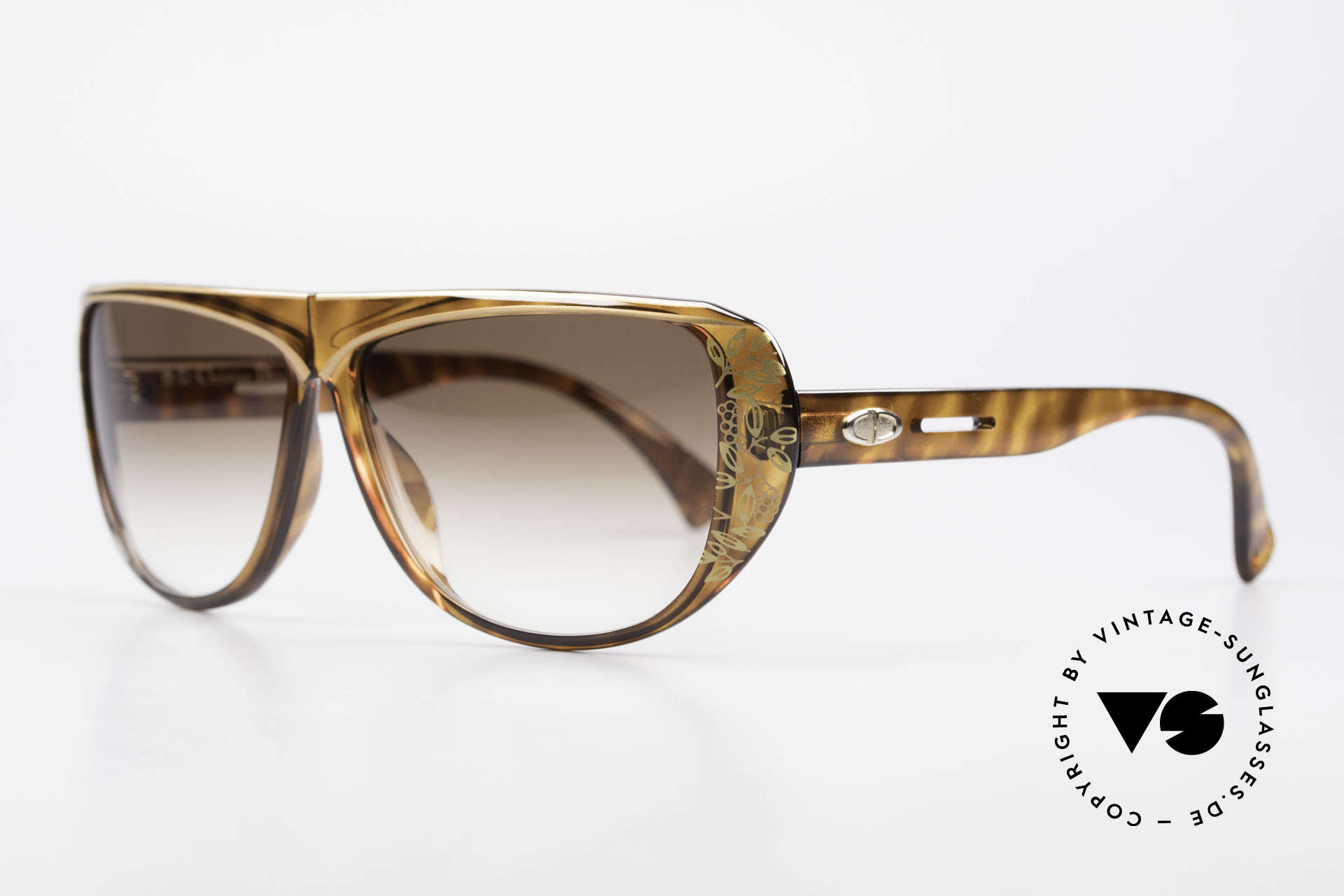 Christian Dior 2421 Ladies Sunglasses 80's Rarity, the incredible OPTYL material does not seem to age, Made for Women