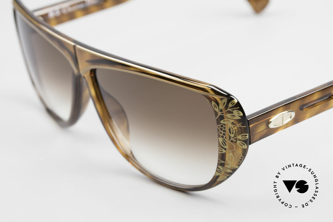 Christian Dior 2421 Ladies Sunglasses 80's Rarity, sophisticated sunglasses and a true vintage RARITY!, Made for Women