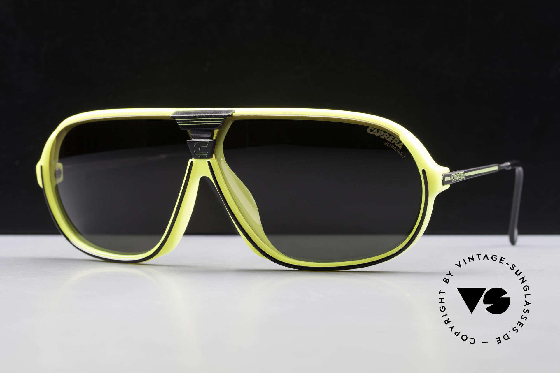 Carrera 5416 80's Shades Polarized Lenses, state-of-the-art lenses (2 sets) & with orig. case, Made for Men