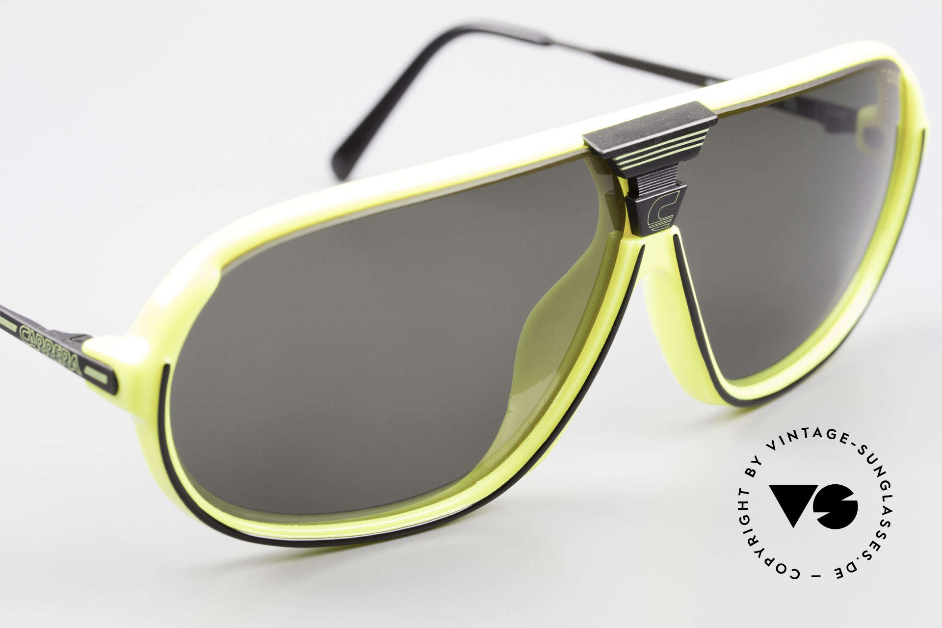 Carrera 5416 80's Shades Polarized Lenses, new old stock (like all our 80's Carrera sunnies), Made for Men