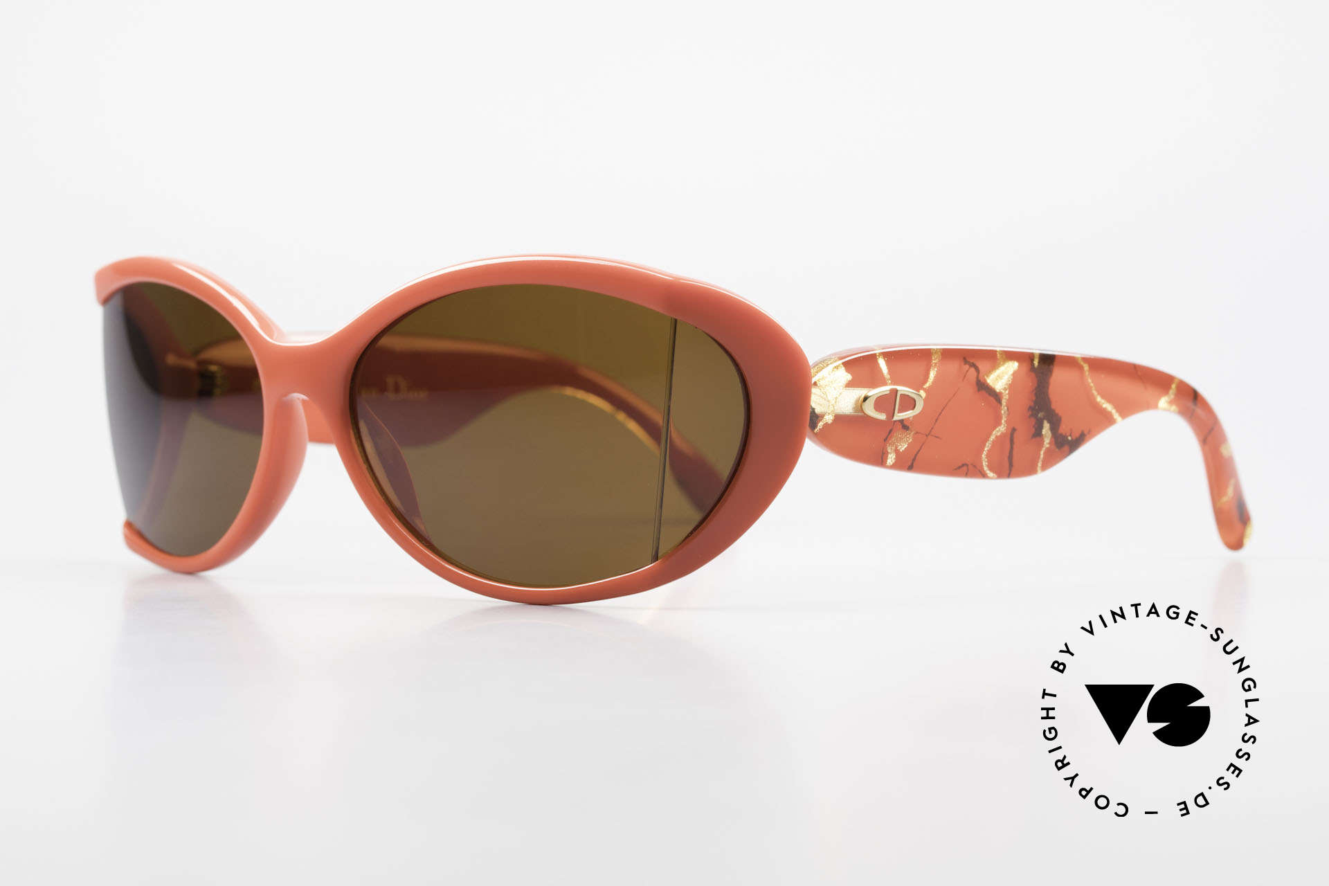 Christian Dior 2439 80's Sunglasses Side Shield, the incredible OPTYL material does not seem to age, Made for Women