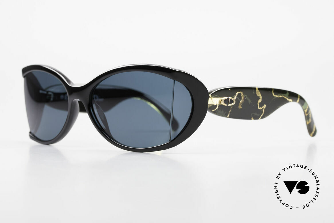Christian Dior 2439 80's Ladies Shades Side Blinds, the incredible OPTYL material does not seem to age, Made for Women