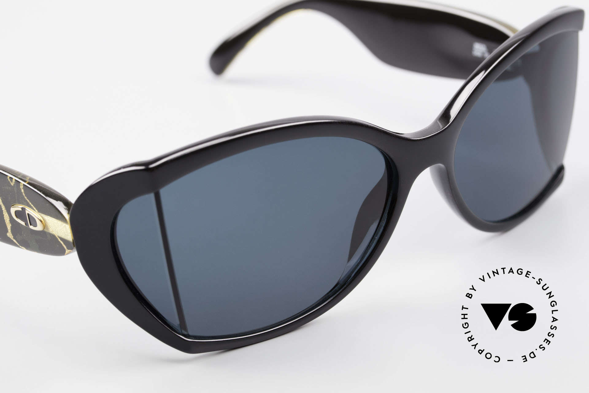 Christian Dior 2439 80's Ladies Shades Side Blinds, NO retro sunglasses, but an app. 30 years old unicum, Made for Women