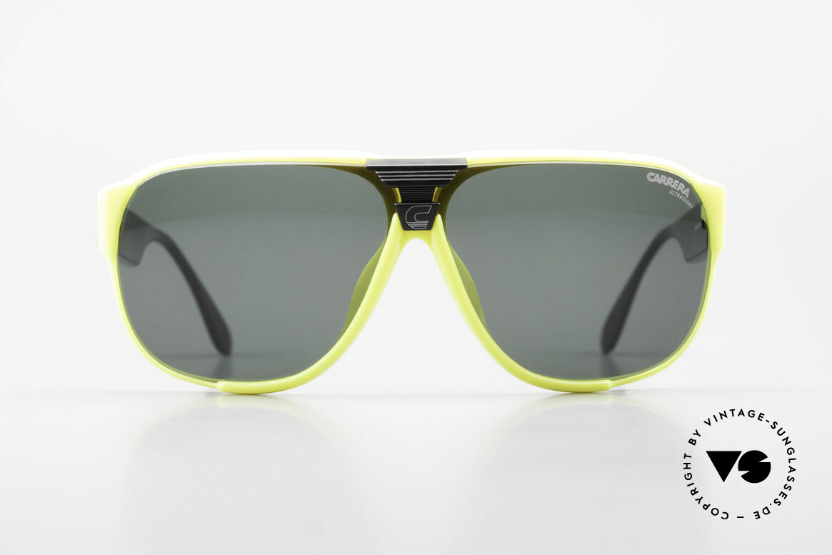 Carrera 5431 80's Sport Sunglasses Alpine, lightweight synthetic frame = OPTYL material!, Made for Men