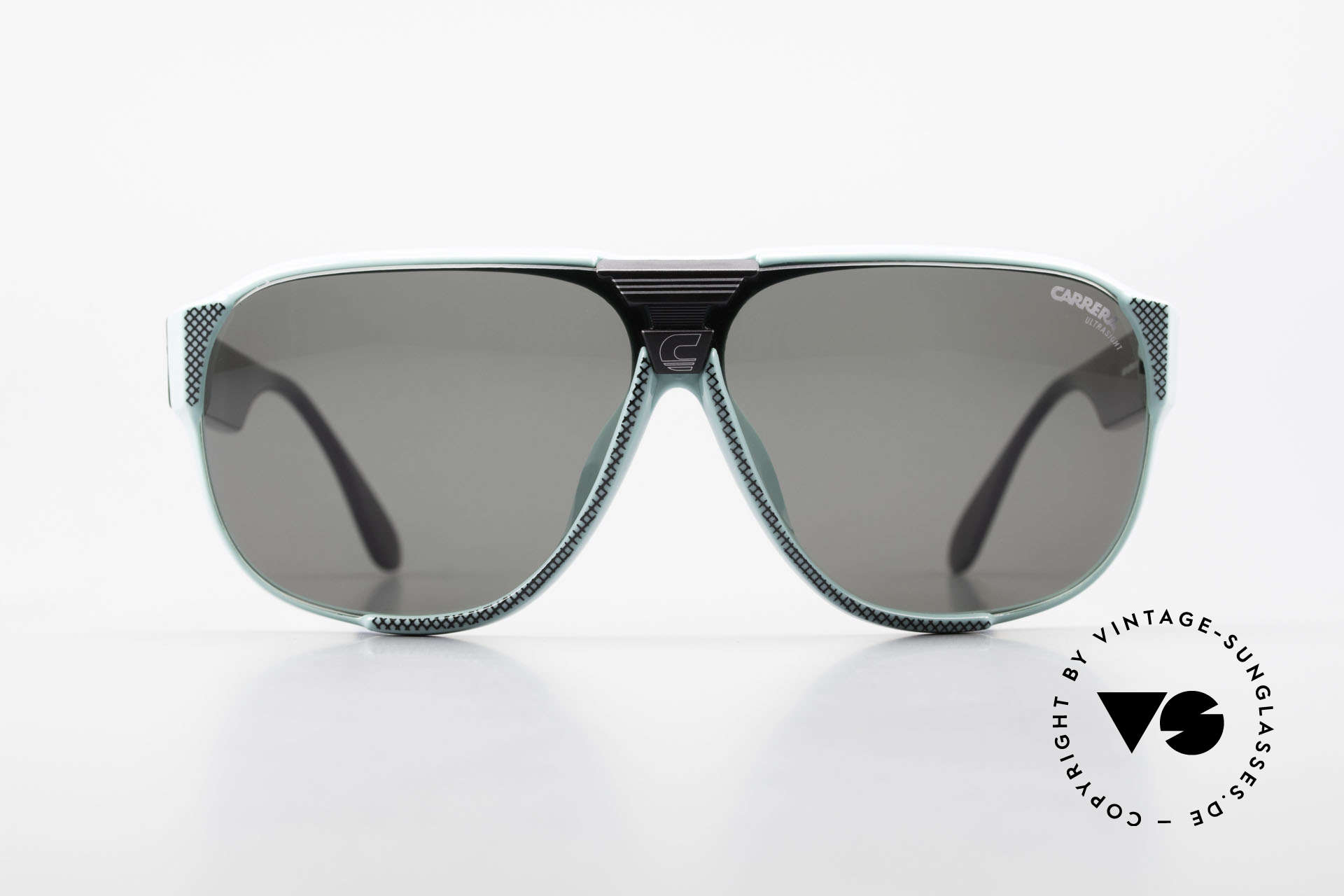 Carrera 5431 80's Vintage Sports Sunglasses, lightweight synthetic frame = OPTYL material!, Made for Men