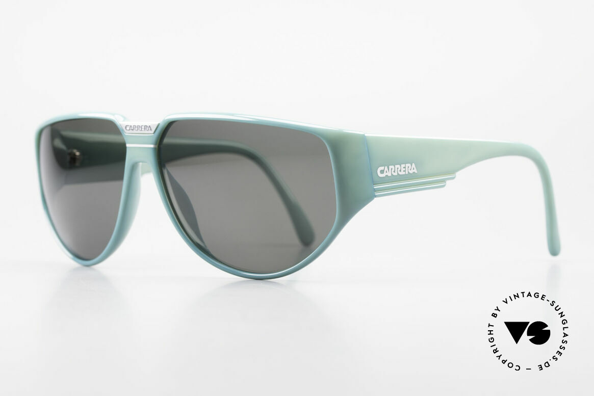 Carrera 5417 Vintage 80's Sports Sunglasses, massive frame with beamy temples; + Carrera case, Made for Men